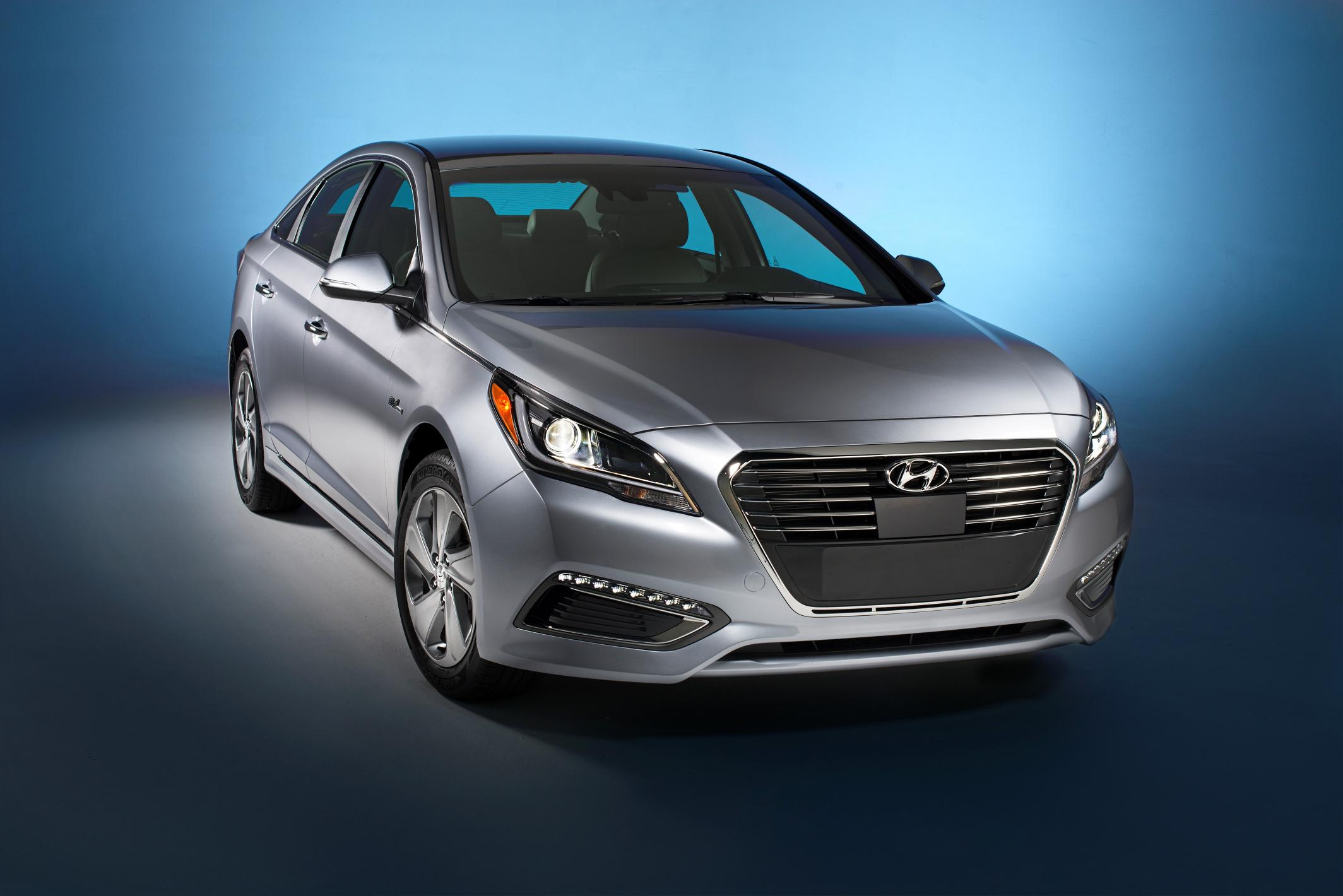 2016 hyundai sonata gets top safety pick rating from the iihs autoevolution. Black Bedroom Furniture Sets. Home Design Ideas