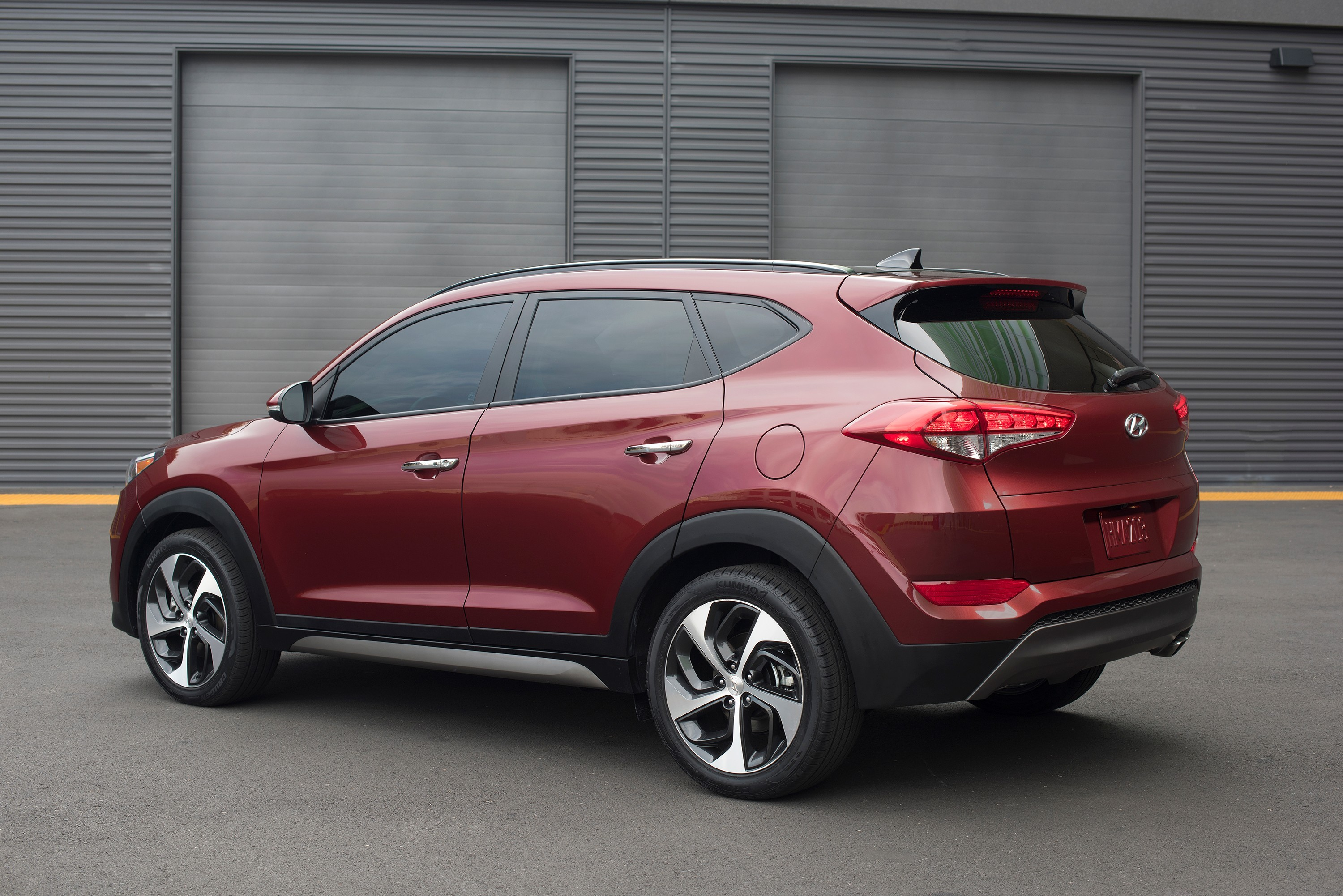 2016 hyundai tucson debuts in ny doesn t look half bad autoevolution. Black Bedroom Furniture Sets. Home Design Ideas