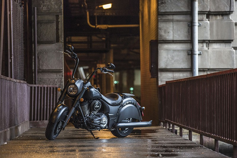 2016 indian chief dark horse revealed price is appealing video photo gallery autoevolution. Black Bedroom Furniture Sets. Home Design Ideas