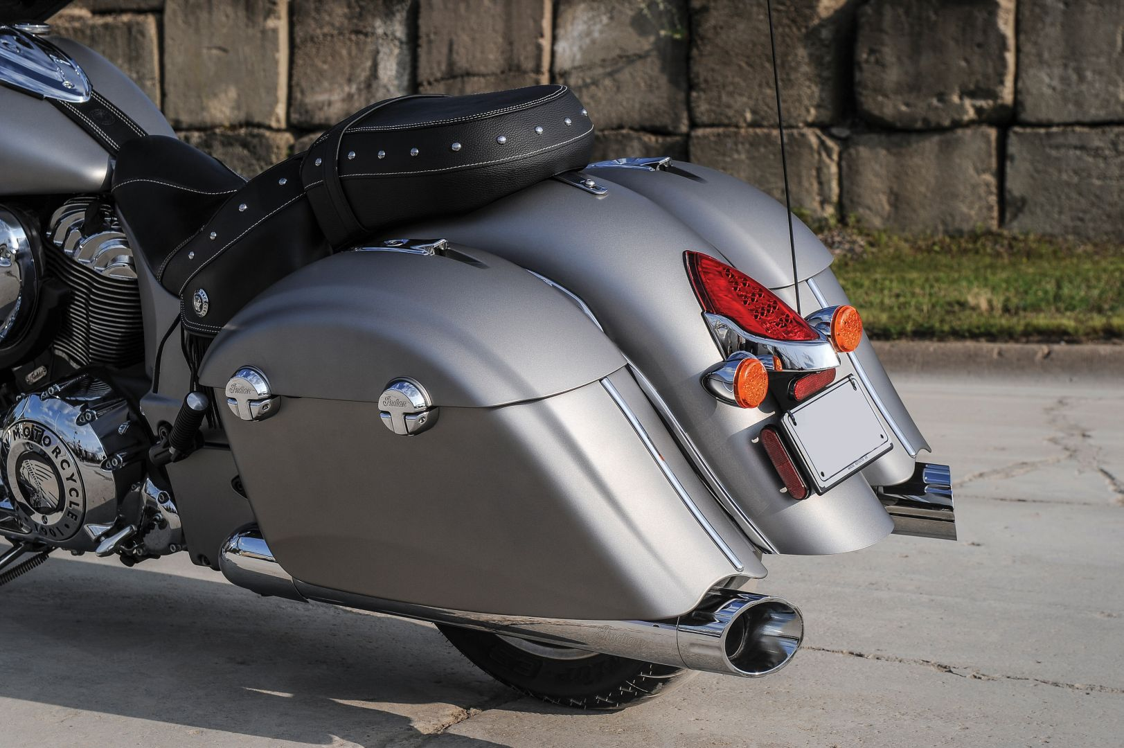 2016 Indian Chieftain Looks in New Colors, Price Announced ...