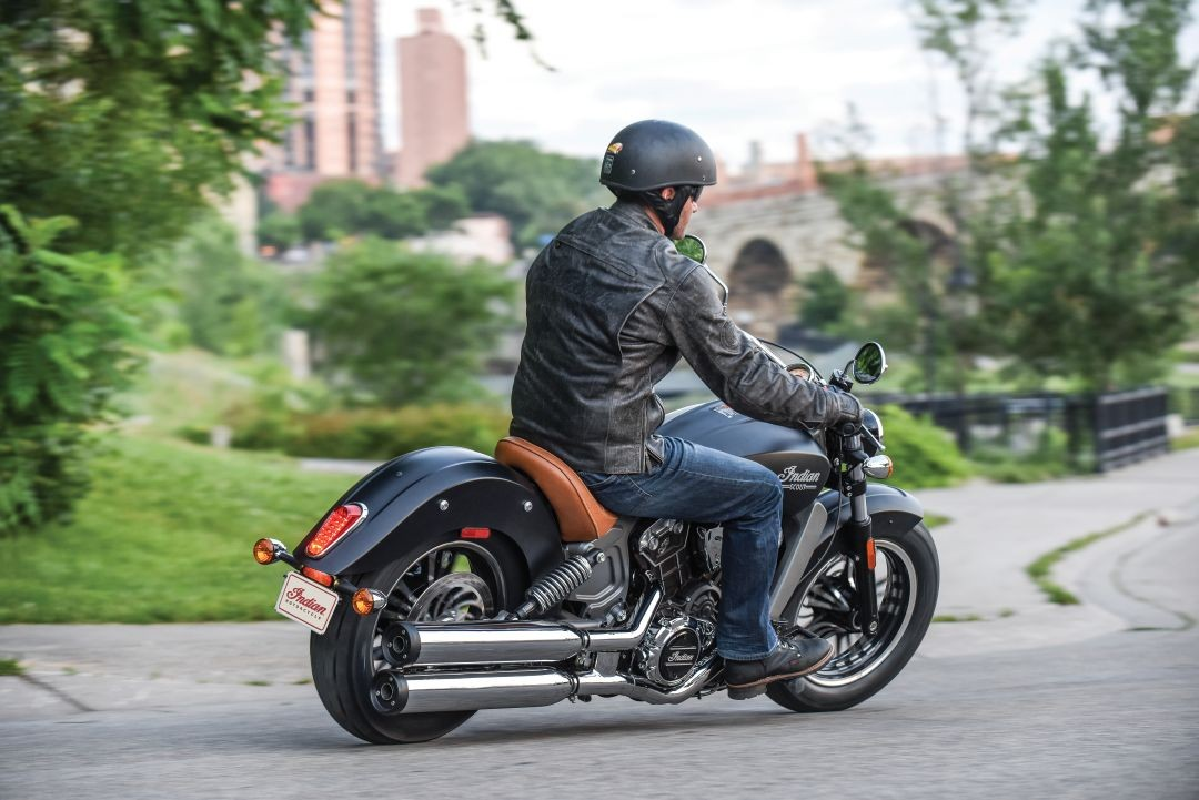 2016 Indian Scout Revealed in All-New Wildifre Red Livery ...