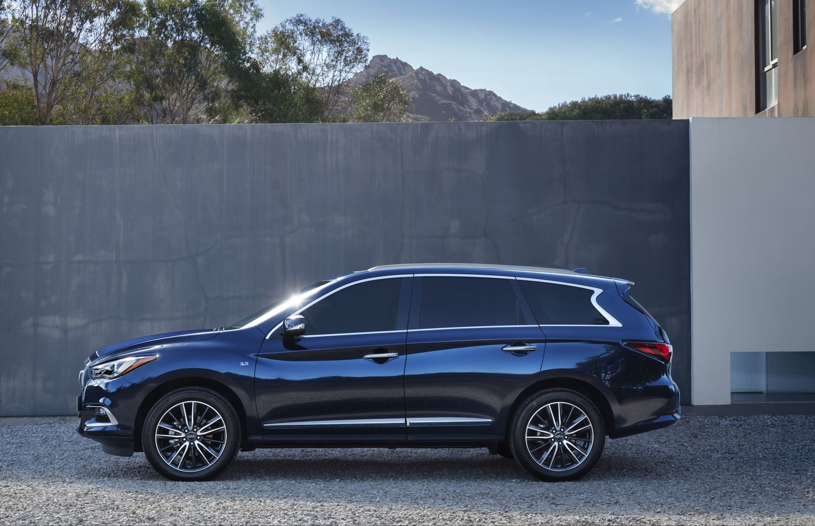 Junk Cars Detroit >> 2016 Infiniti QX60 Gets Attractive Refresh and Keeps Hybrid Engine - autoevolution