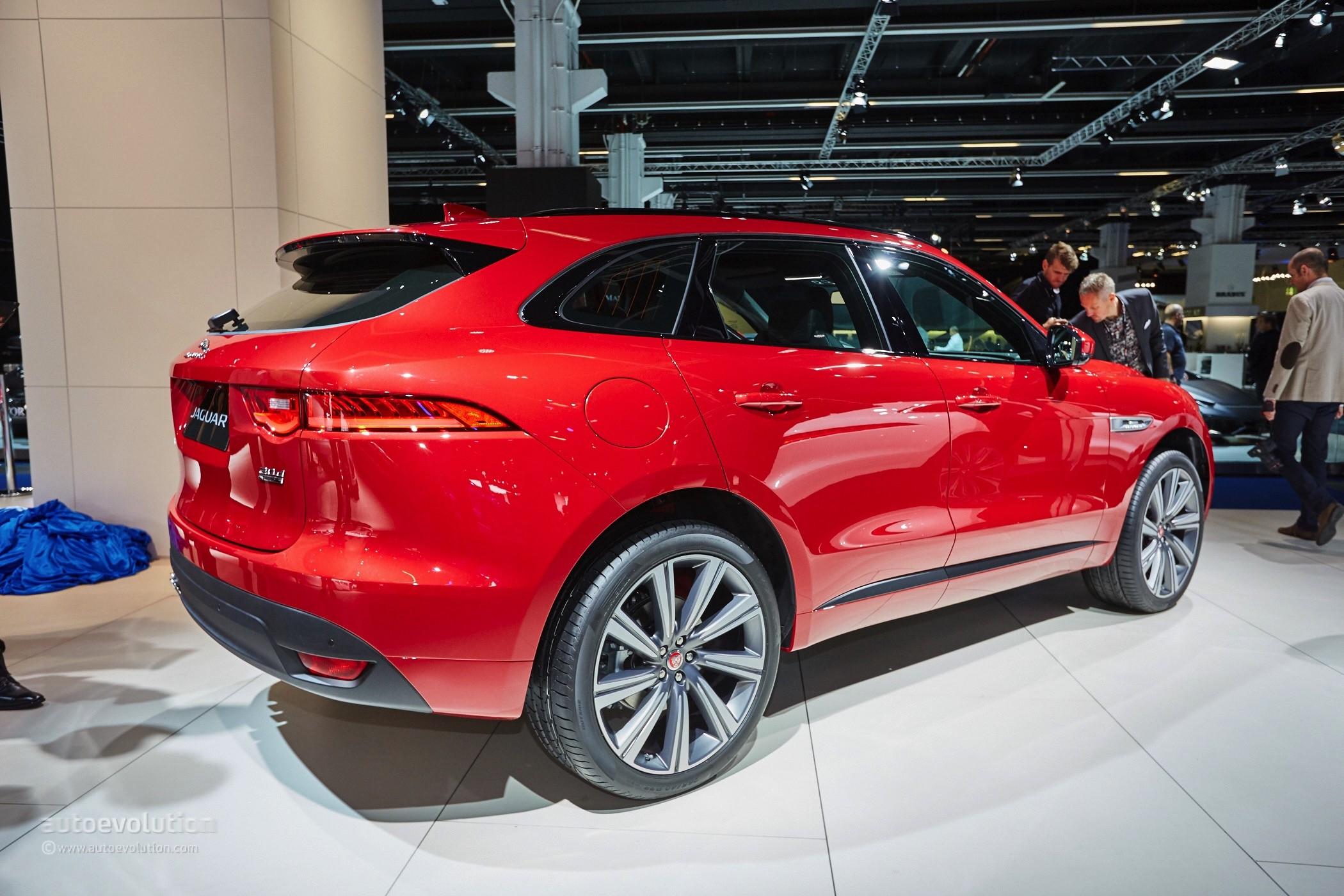 2016 Jaguar F-Pace Looks Massive in the Metal on the Frankfurt Motor Show Floor - autoevolution