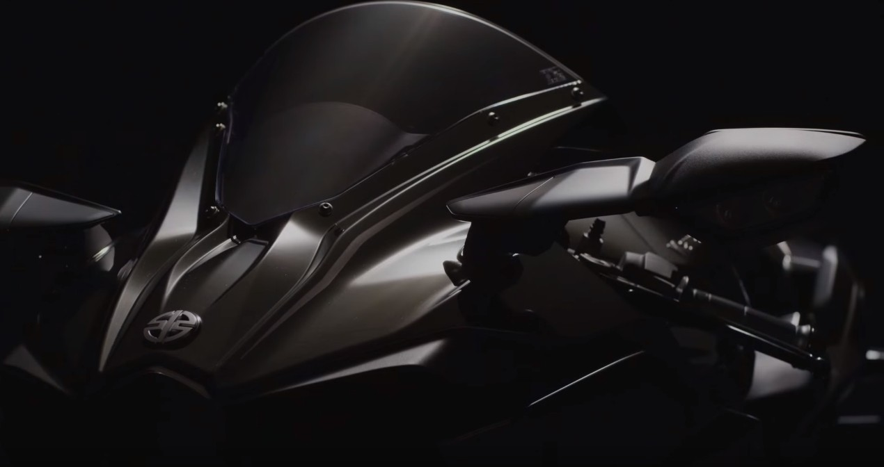 2016 Kawasaki Ninja H2 Receives Mirror Coated Spark Black
