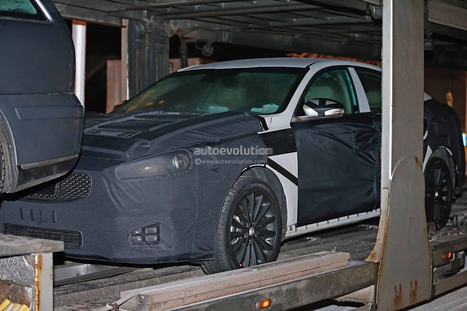 2015 - [Kia] Cadenza II 2016-kia-k7-cadenza-spied-testing-in-sweden-photo-gallery_8