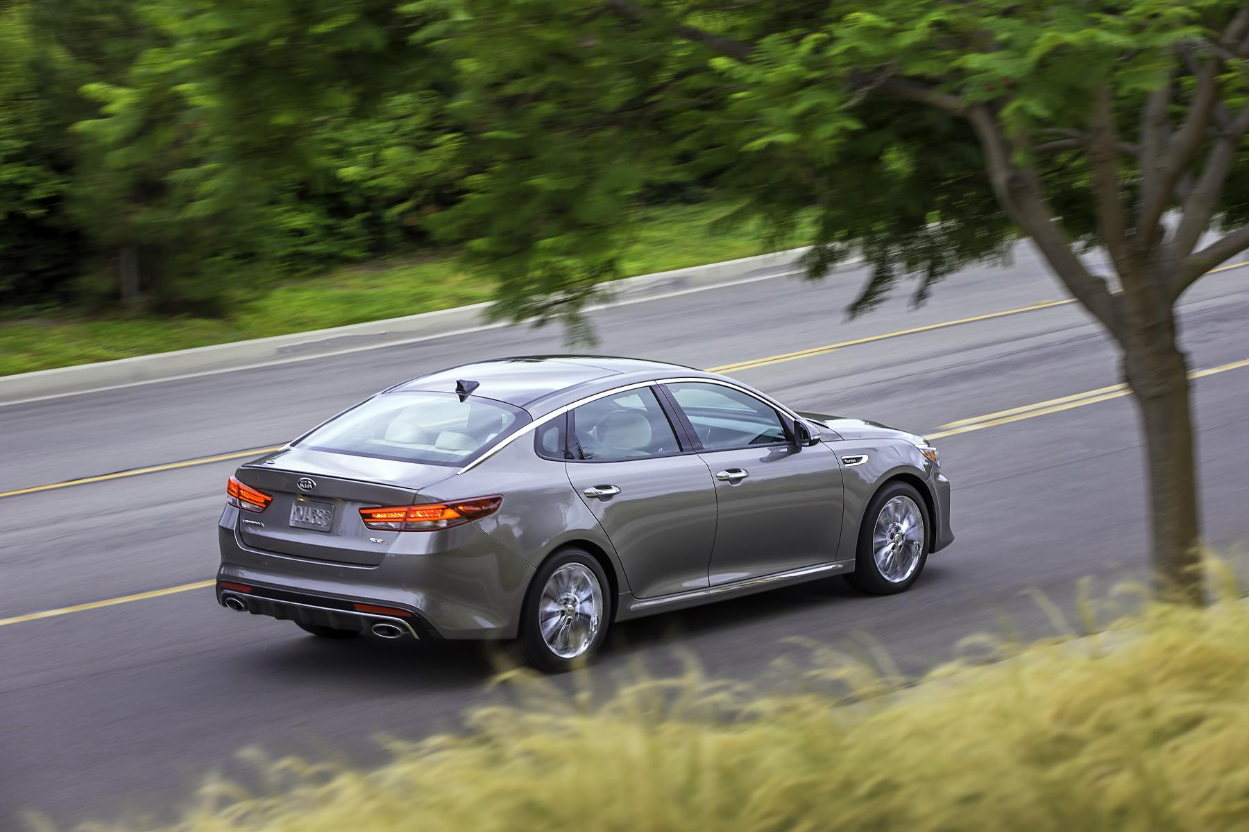 2016 Kia Optima Revealed in US-spec form with Two ...