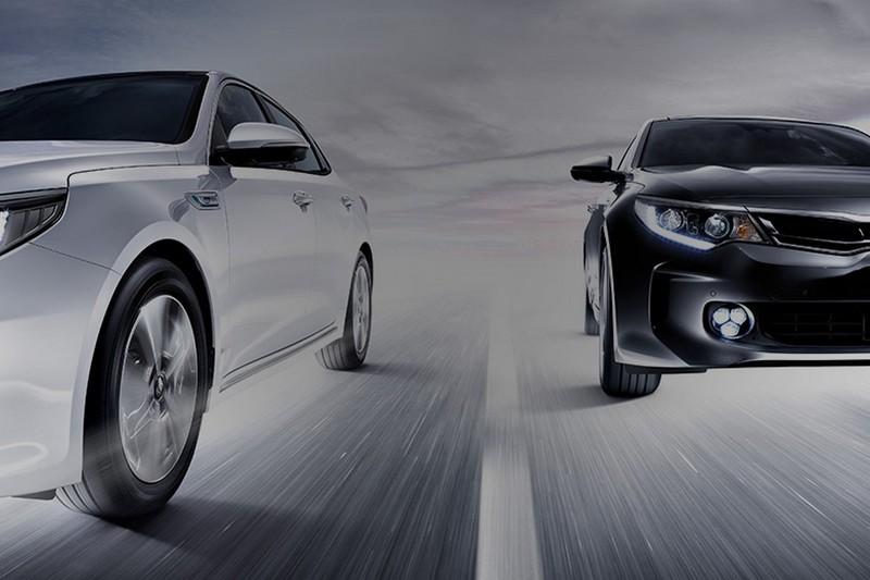 debuts sedan gallery autoevolution photo sports news hybrid kia sport korea optima video in