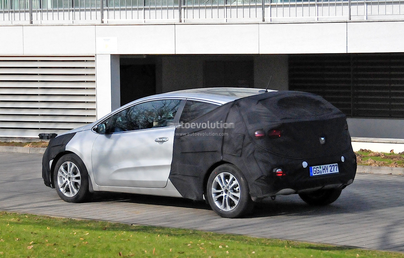 2016 kia pro cee d facelift spied in germany autoevolution. Black Bedroom Furniture Sets. Home Design Ideas