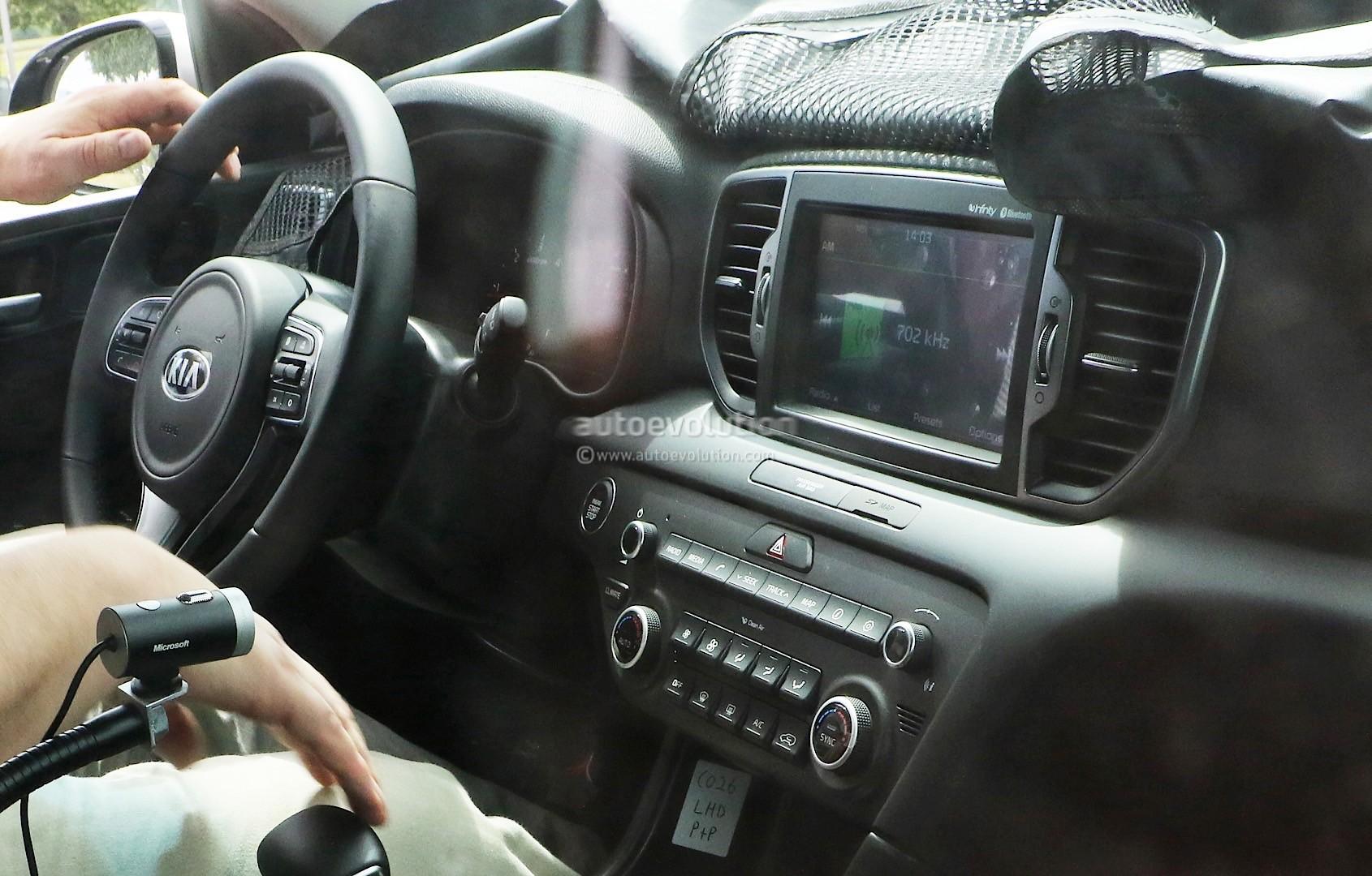 2016 kia sportage live photos show us the production ready goodies autoevolution