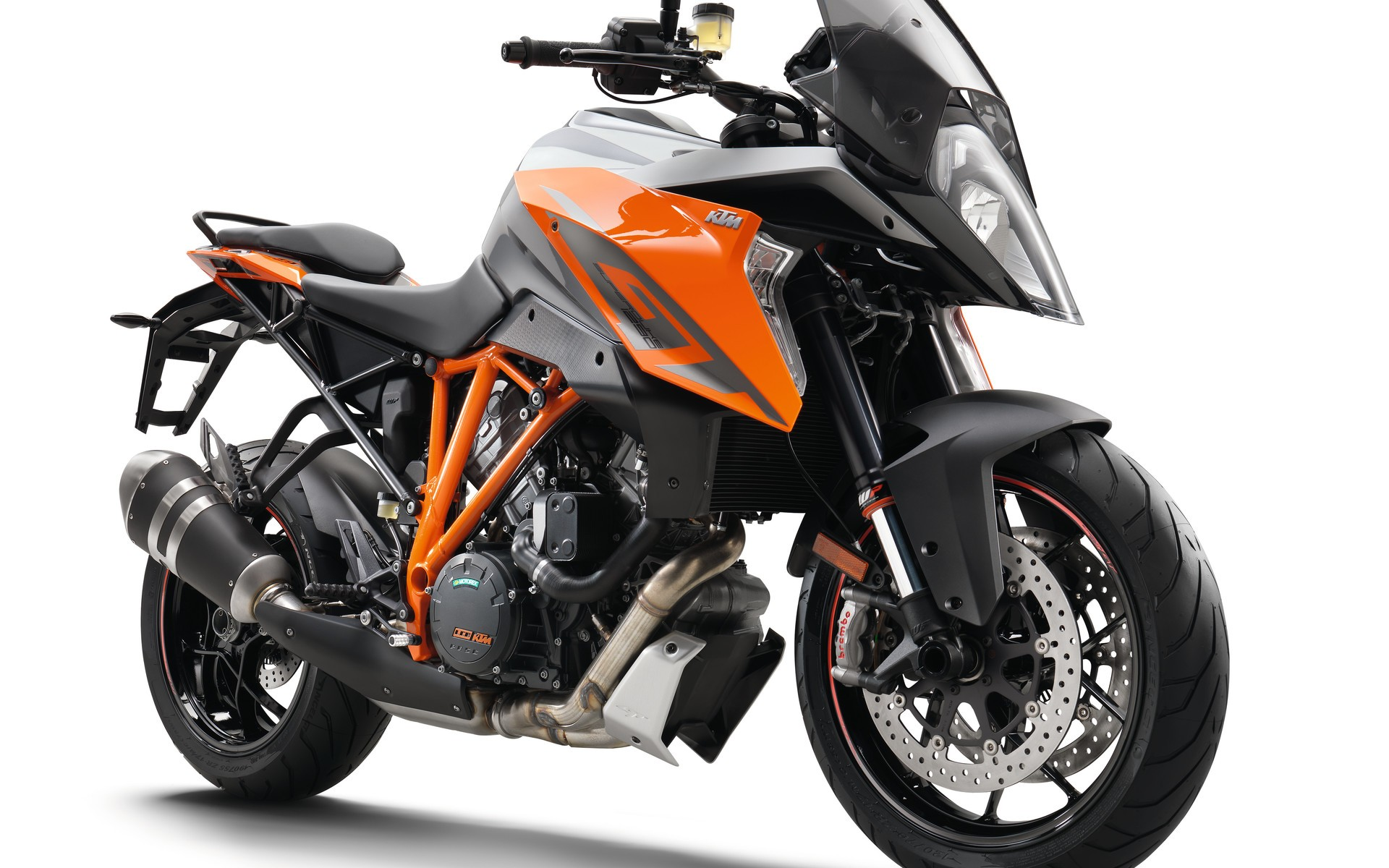 2016 ktm 1290 super duke gt picture galore autoevolution. Black Bedroom Furniture Sets. Home Design Ideas