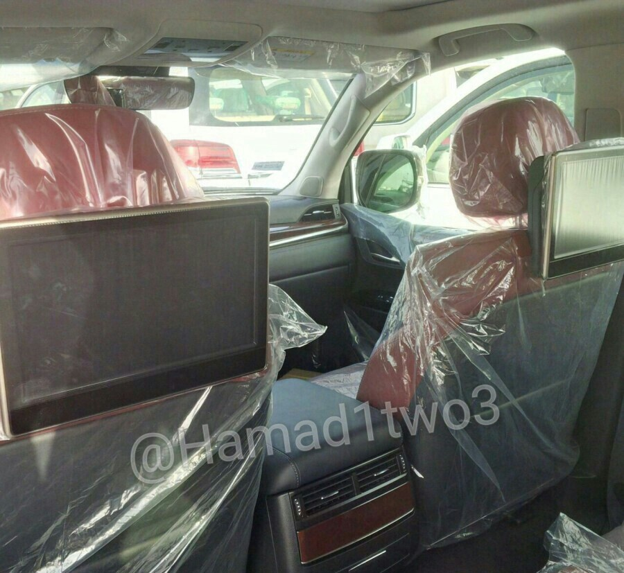 2016 Lexus LX 570 Facelift Spied In The Middle East With