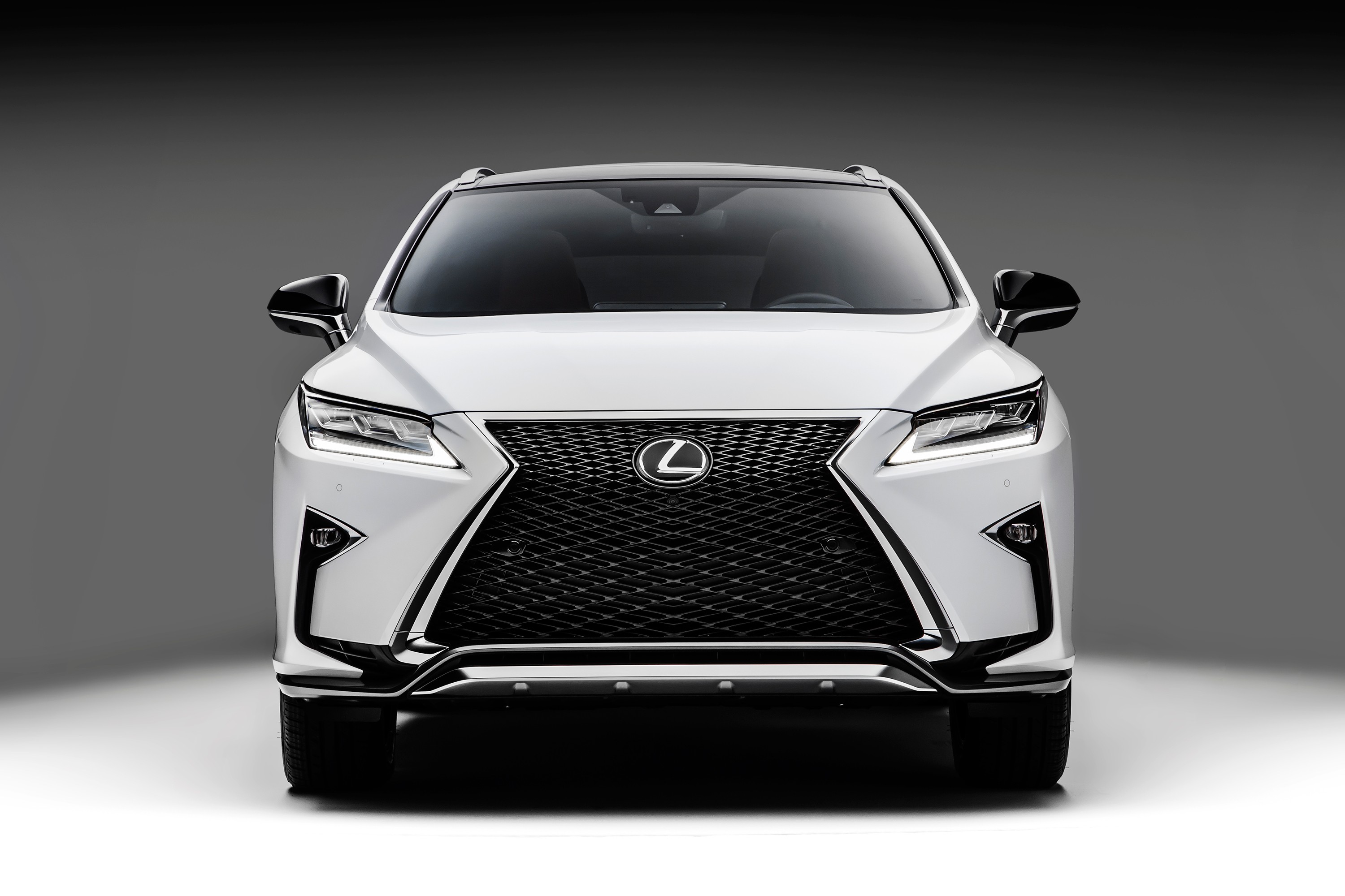 2016 Lexus RX 350 F Sport and RX 450h Show Up in NYC - Video, Photo