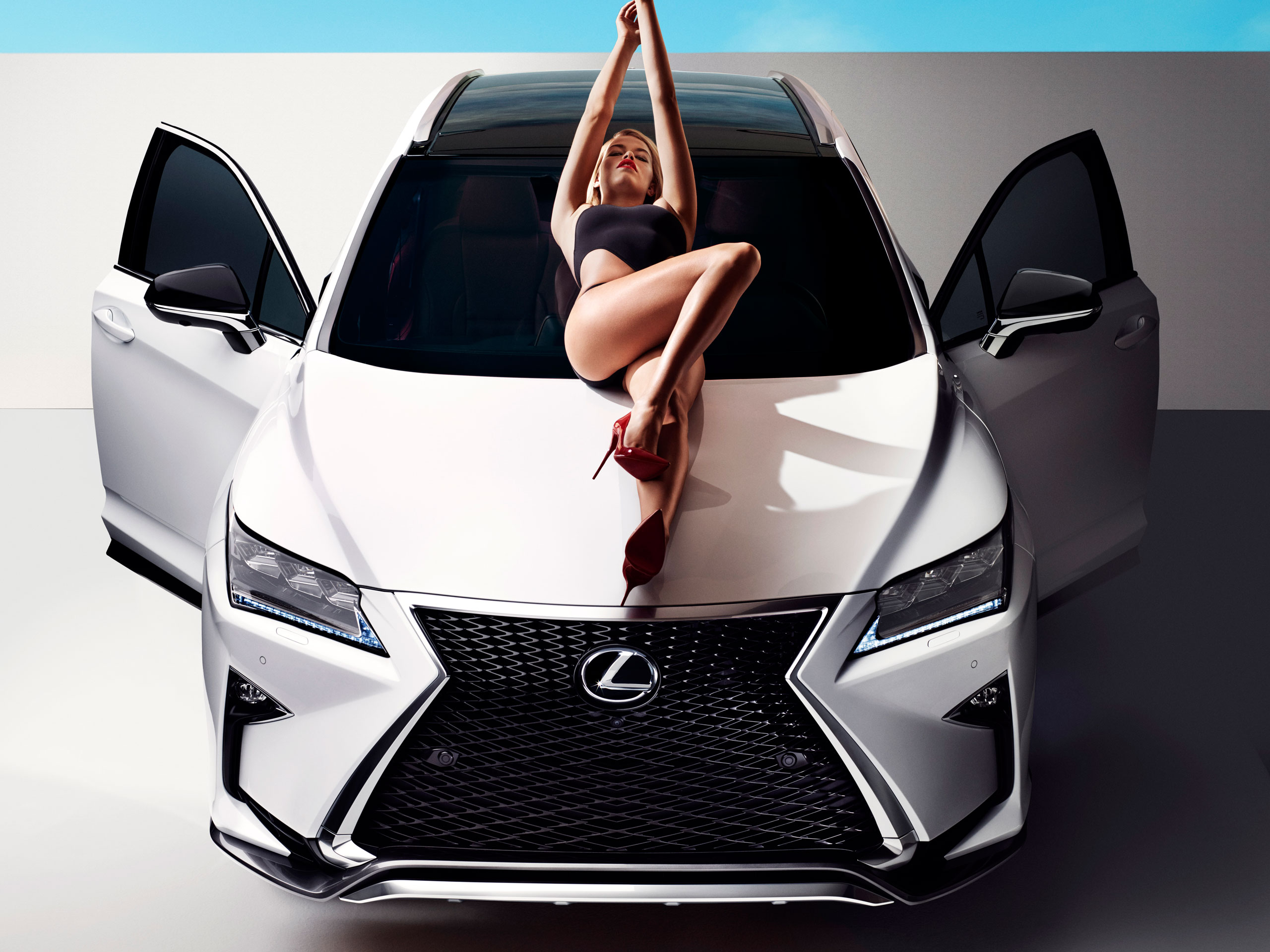 2016 Lexus RX Stars in Sports Illustrated Shoot with Hailey Clauson ...