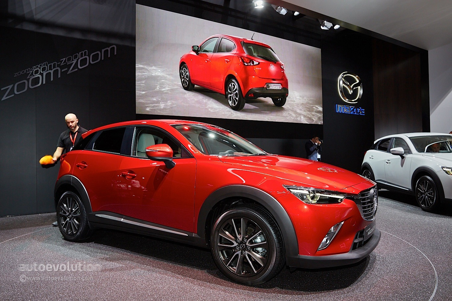 2016 mazda cx 3 fully revealed in geneva with 1 5l diesel video live photos autoevolution. Black Bedroom Furniture Sets. Home Design Ideas