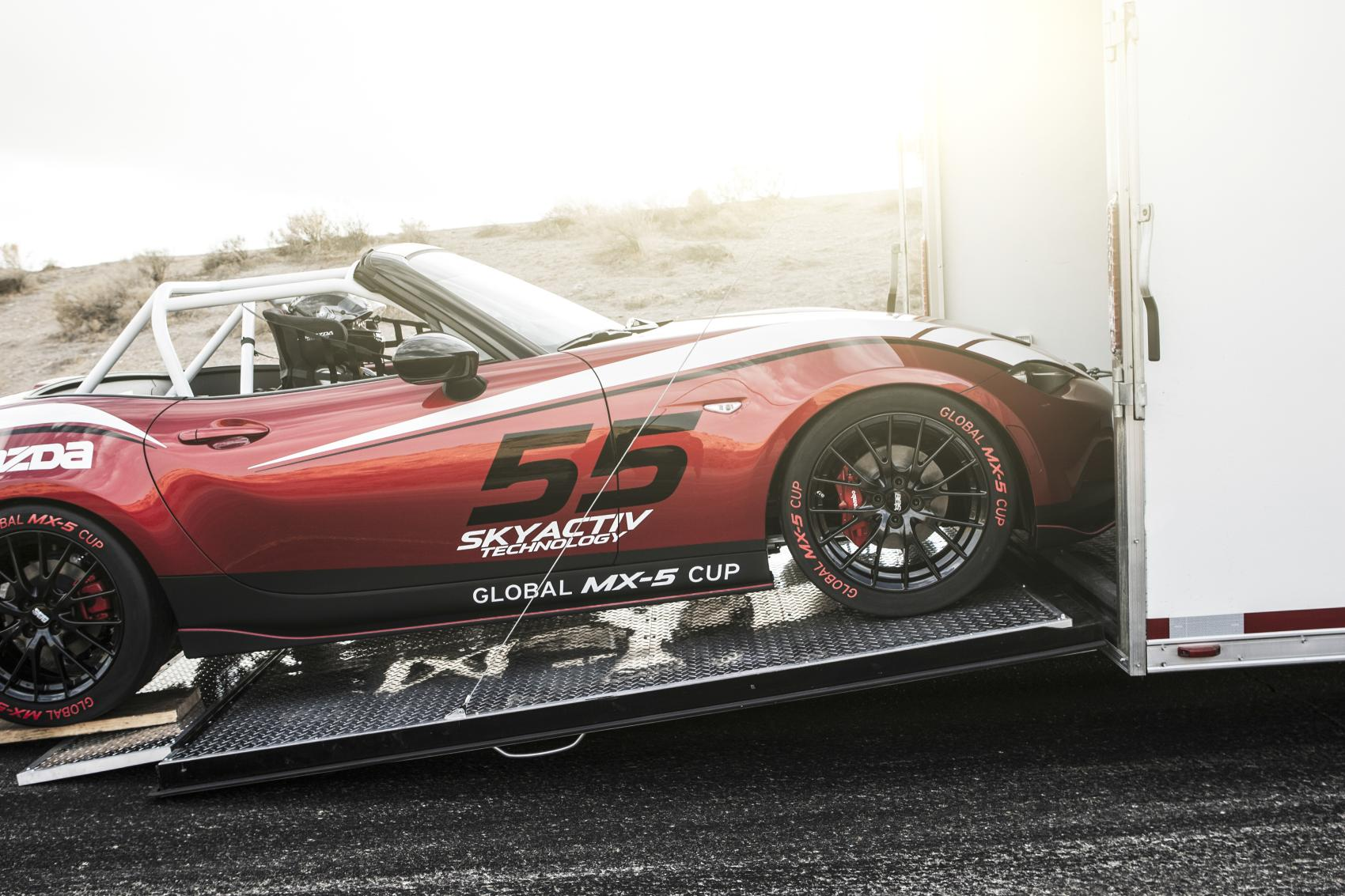 2016 Mazda MX-5 / Miata to Be Raced in Global Cup Series [Video ...