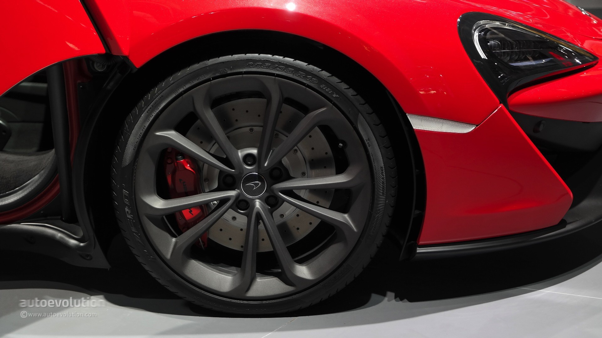 2016 mclaren 540c launched in shanghai as the cheapest model ever