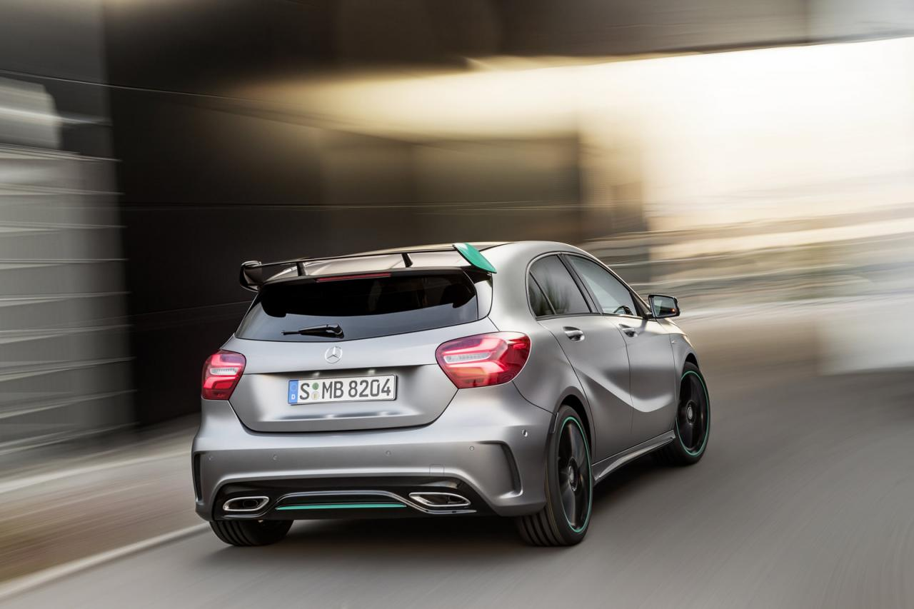 2016 mercedes a class facelift debuts with new 1 6 engine. Black Bedroom Furniture Sets. Home Design Ideas