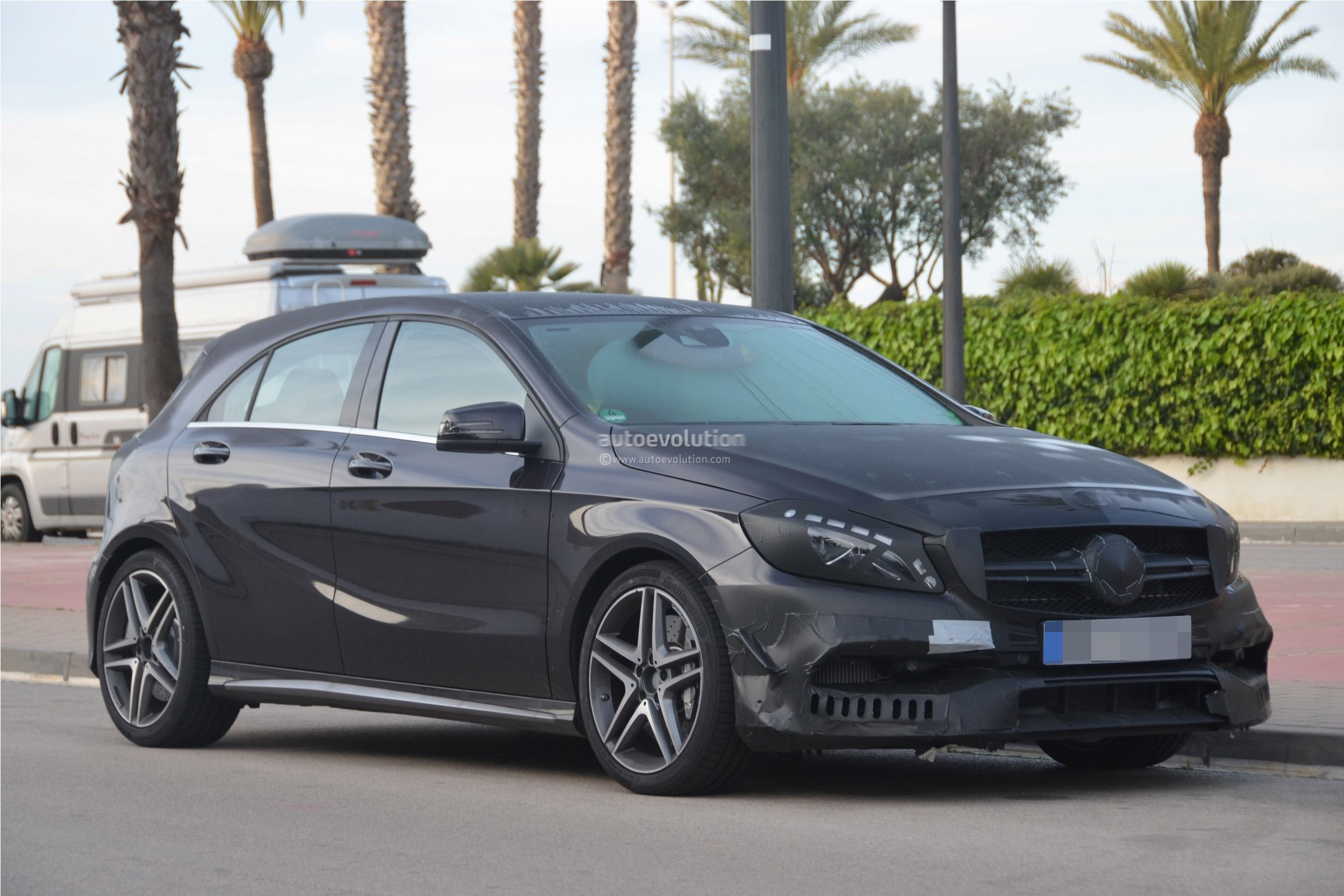 2016 mercedes benz a 45 amg facelift spied photo gallery. Black Bedroom Furniture Sets. Home Design Ideas