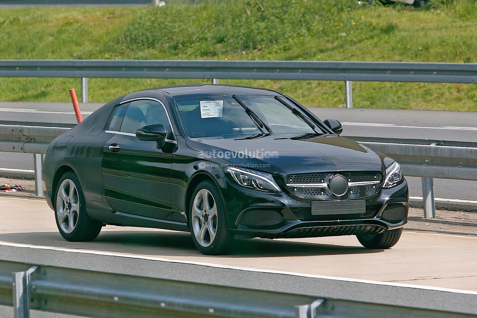 2016 Mercedes-Benz C-Class Coupe (C205) Spied Sporting Less Camouflage - autoevolution