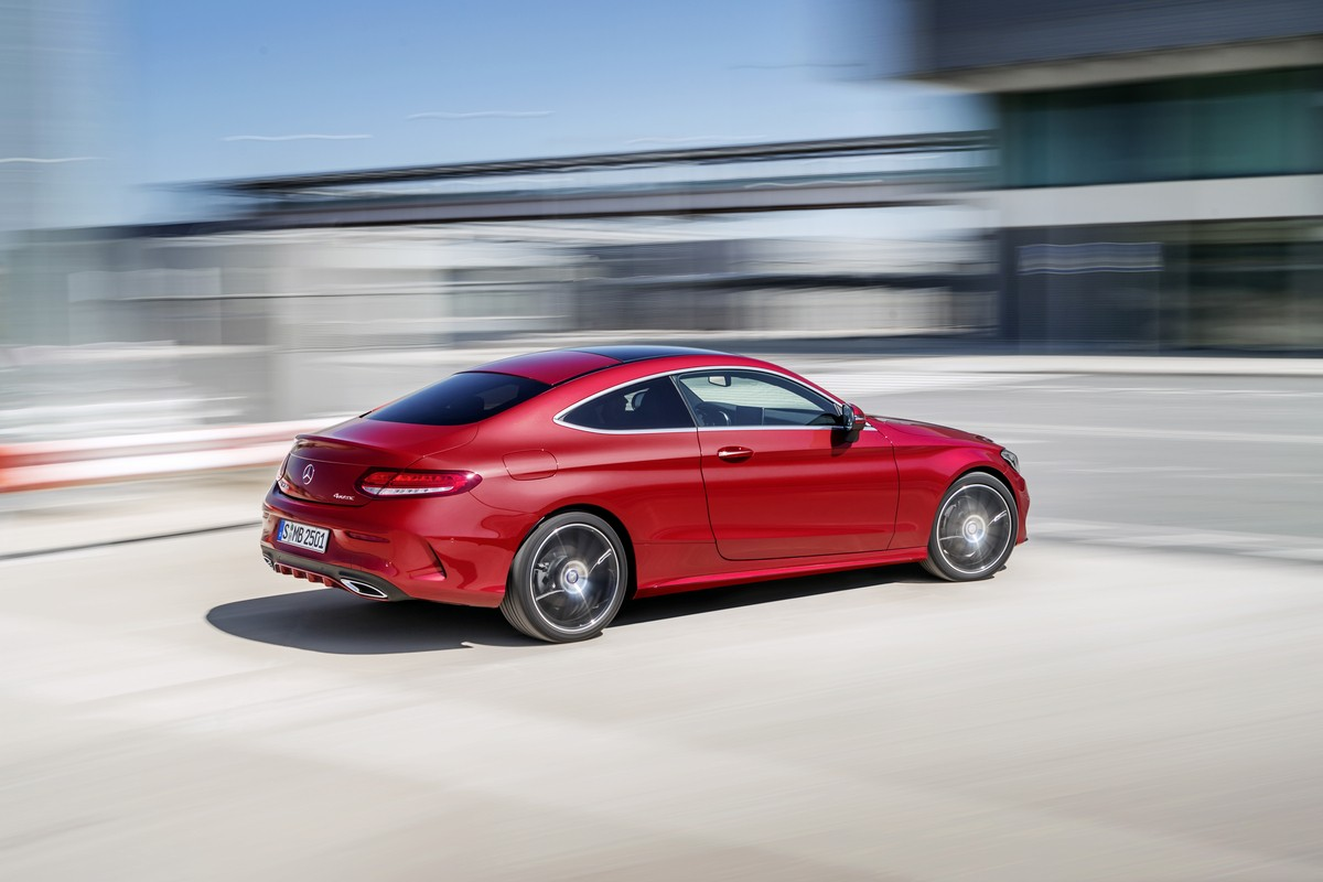 2016 mercedes benz c class coupe officially unveiled autoevolution. Black Bedroom Furniture Sets. Home Design Ideas