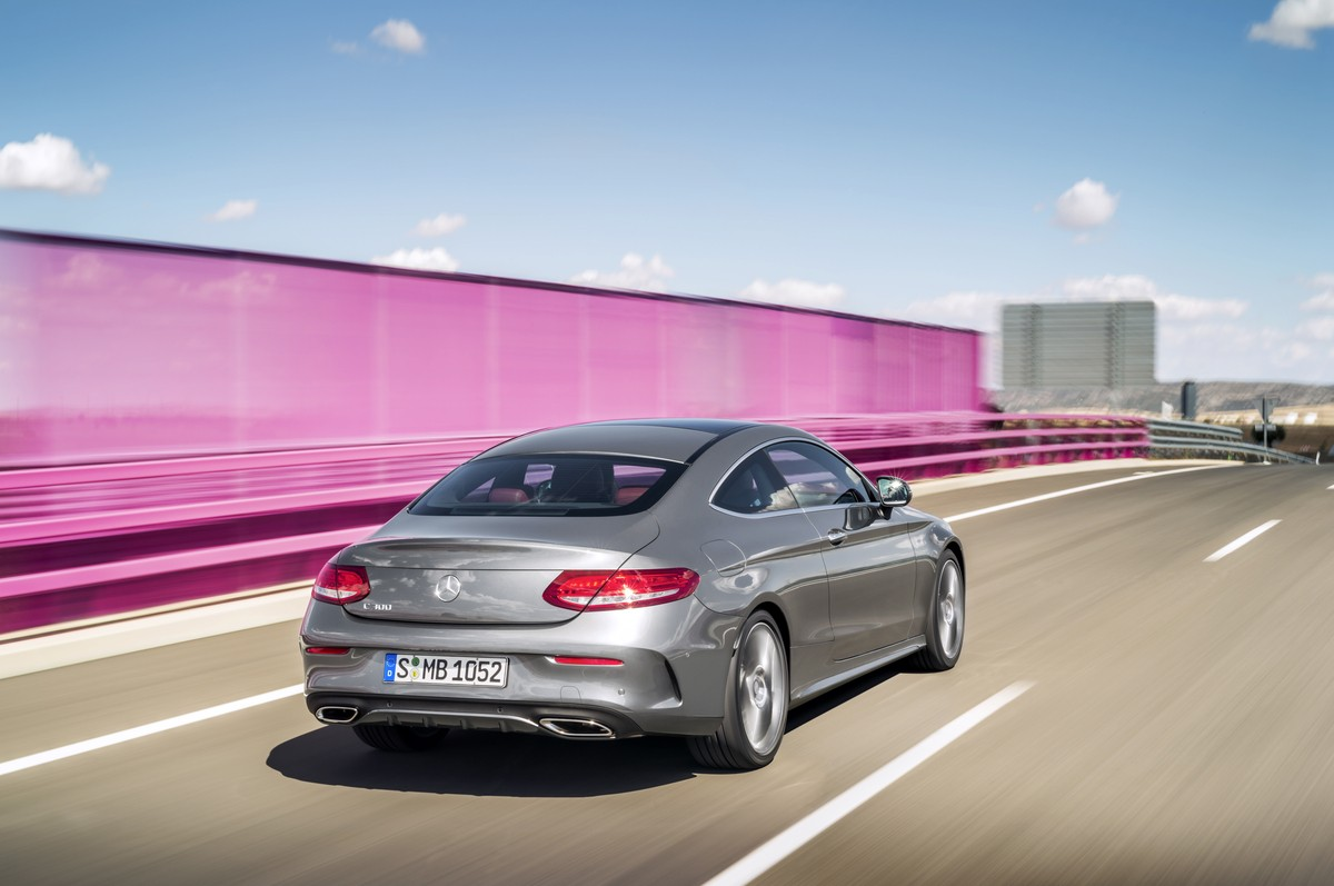 2016 mercedes benz c class coupe officially unveiled. Black Bedroom Furniture Sets. Home Design Ideas