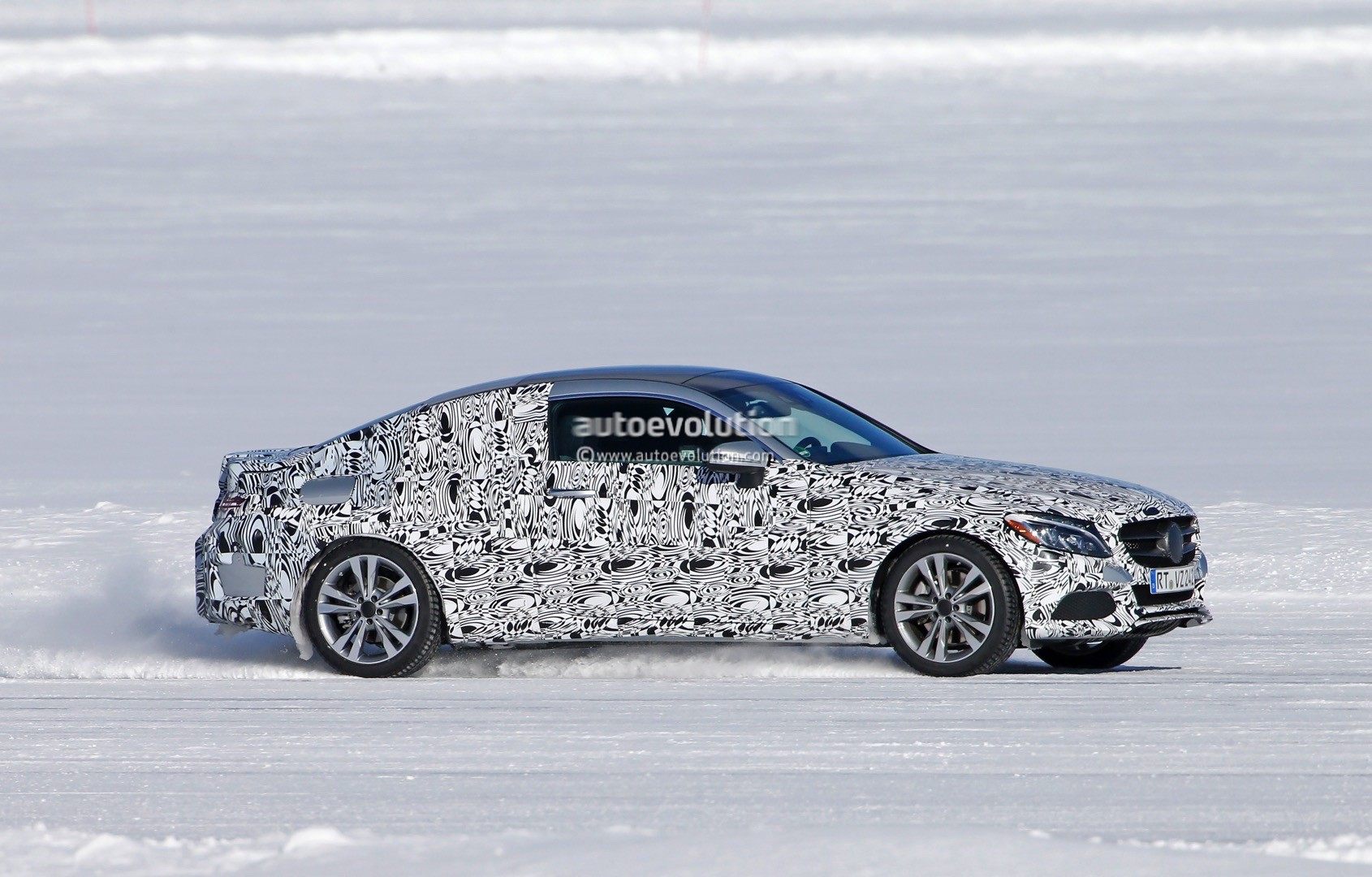 2016 Mercedes-Benz C-Class Coupe Spied Playing the Snow ...