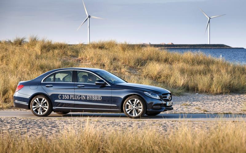 Mercedes-Benz C350 Plug-In Hybrid to Use Less Fuel Than a Toyota ...