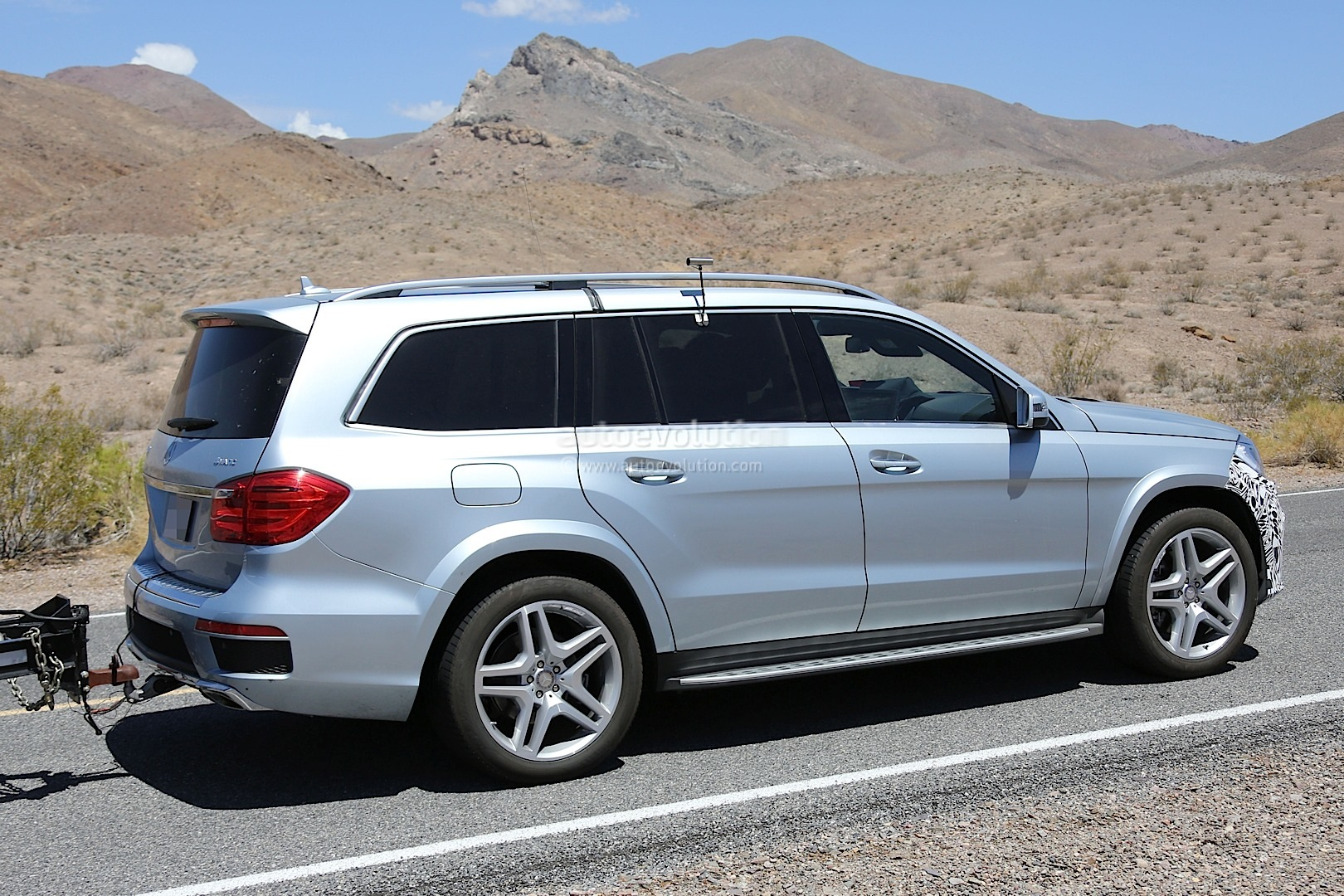 2016 mercedes benz gl facelift spied testing in the us for Mercedes benz news