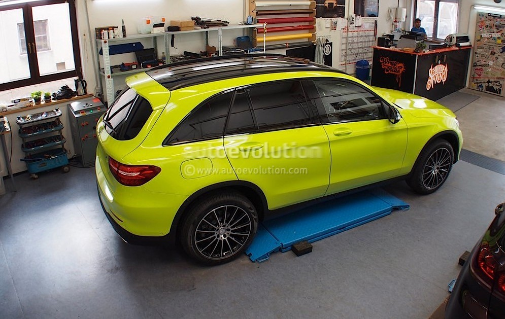 lime green wrapped mercedes benz glc photos mercedes glc forum. Black Bedroom Furniture Sets. Home Design Ideas