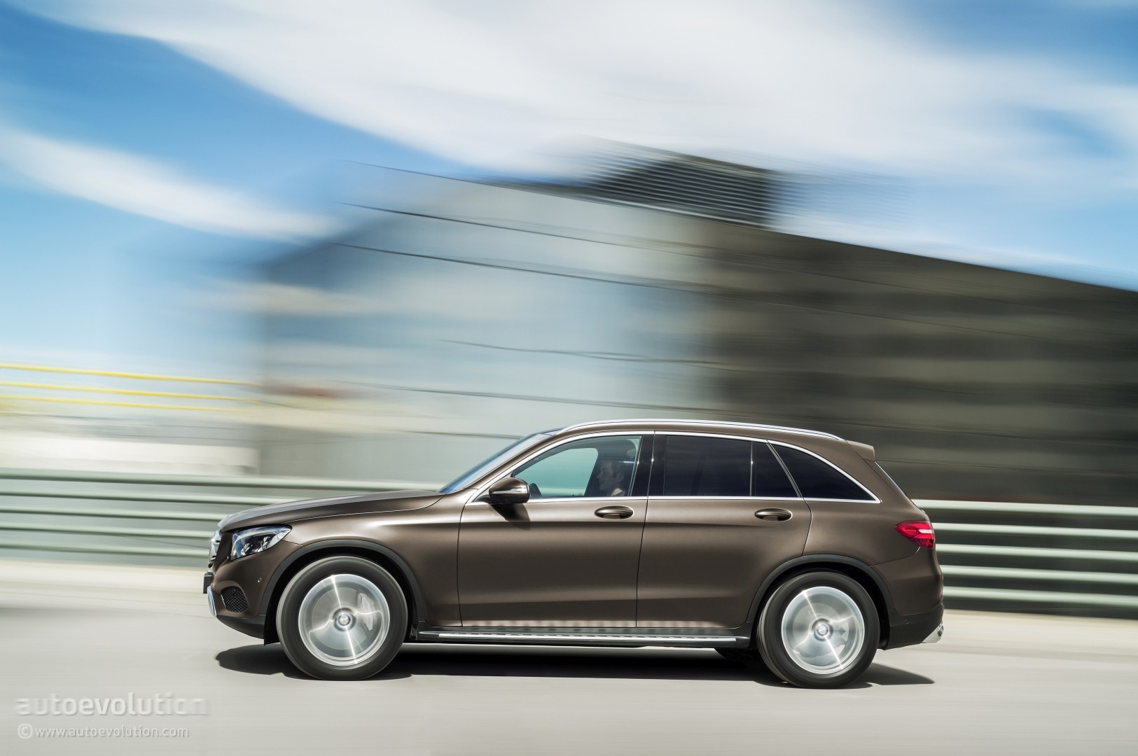 2016 mercedes glc launched in the us with 38 950 starting for Mercedes benz starting price