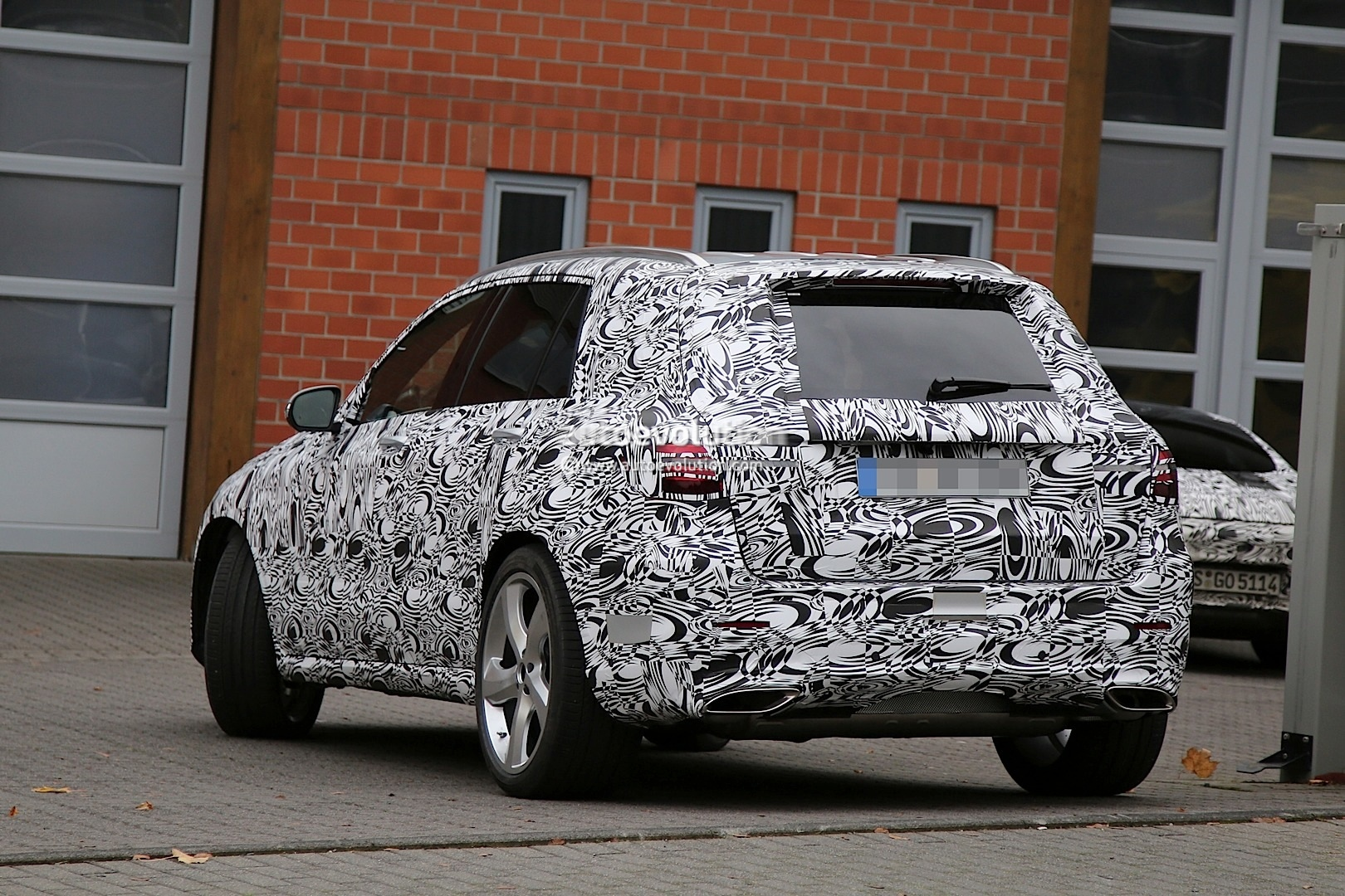 2016 X205 Mercedes Benz Glk Class Spotted Testing In