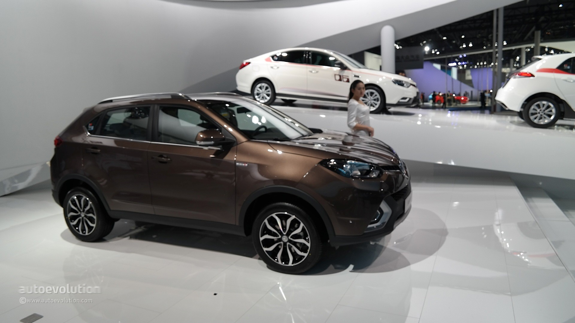 2016 MG GS SUV Priced from £14,995, Undercuts the Nissan Qashqai by £3,550 - autoevolution