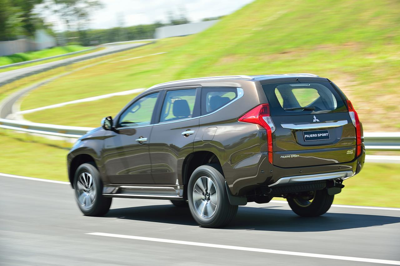2016 Mitsubishi Pajero Sport Finally Breaks Cover, You Can Buy One This Fall
