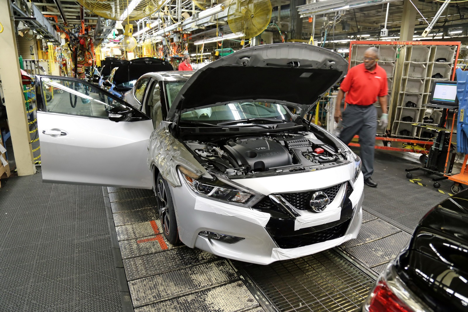 2016 nissan maxima production kick off