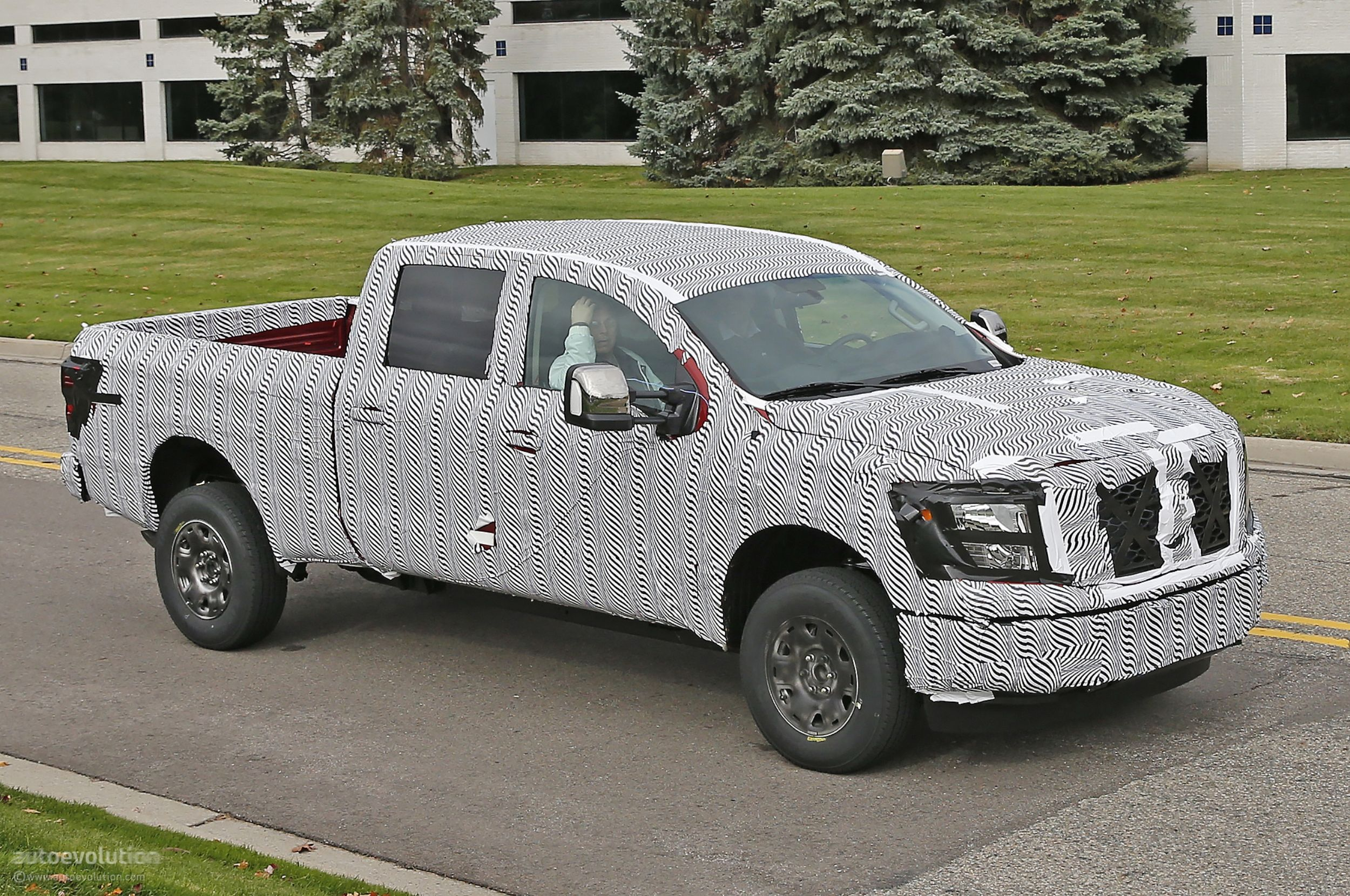 2016 nissan titan spied testing isv cummins turbo diesel autoevolution. Black Bedroom Furniture Sets. Home Design Ideas