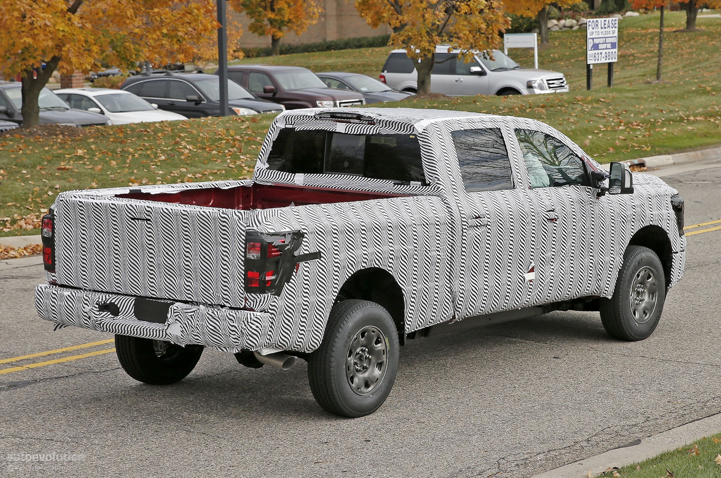 2016 nissan titan spied testing isv cummins turbo diesel. Black Bedroom Furniture Sets. Home Design Ideas