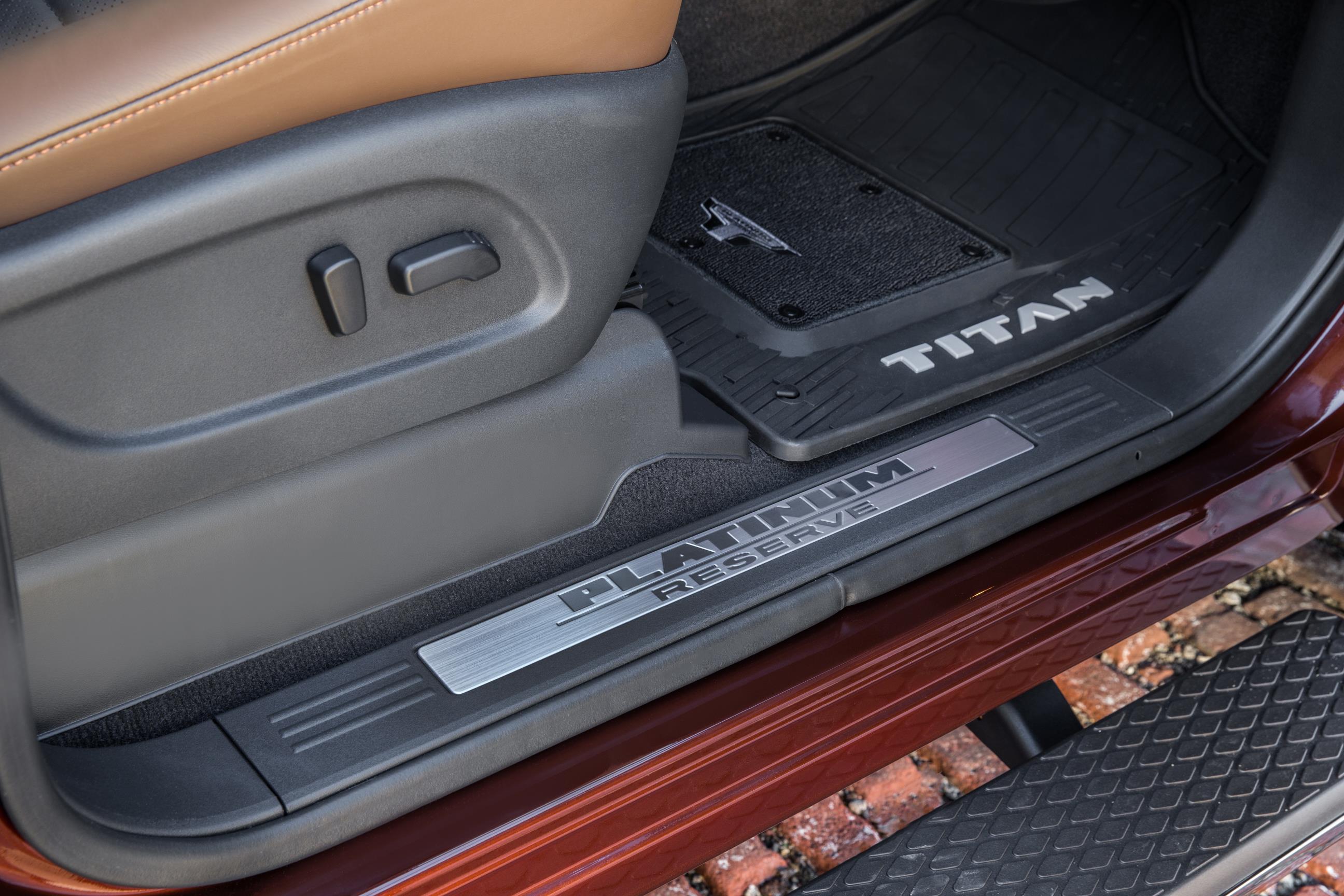 2016 Nissan Titan Xd 5 6 V8 Price Announced 2017 Nissan