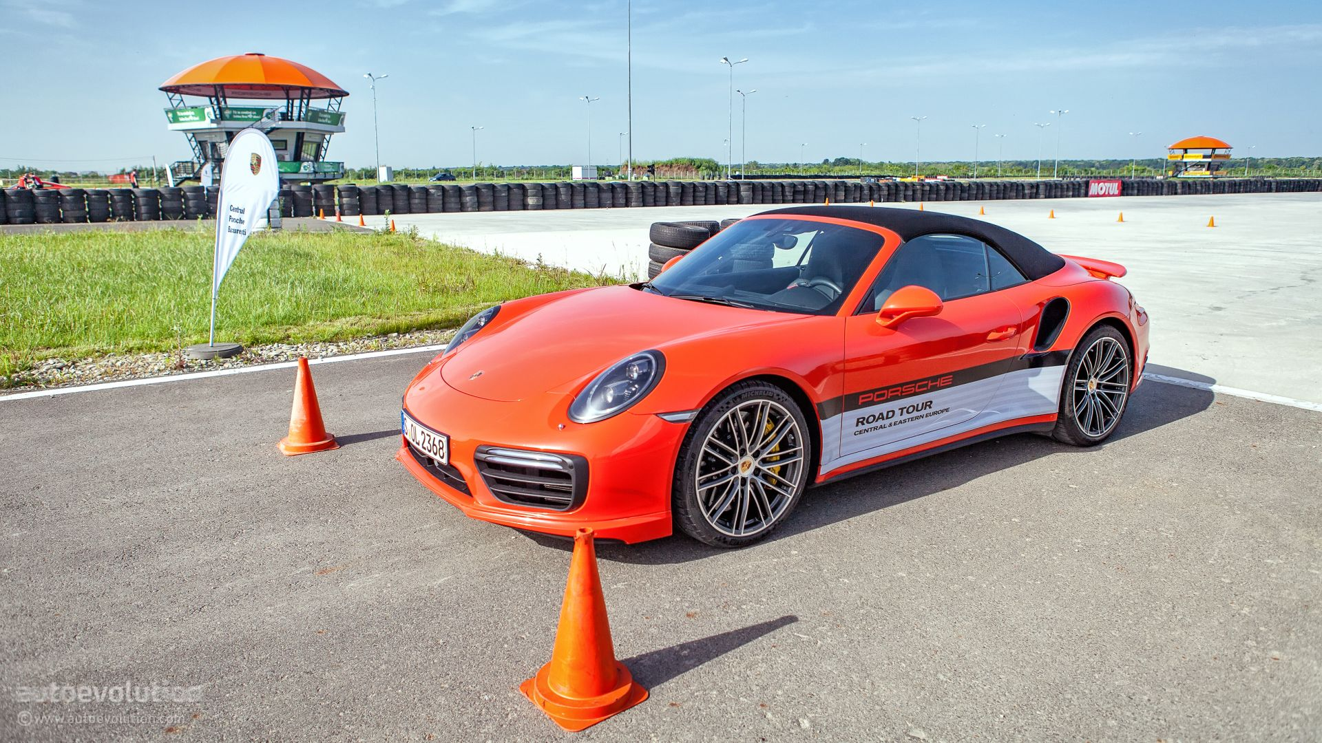 2016-porsche-9912-track-stint-carrera-4s-supercar-laps-911-turbo-s-launches_46 Exciting Porsche 911 Gt2 La Centrale Cars Trend