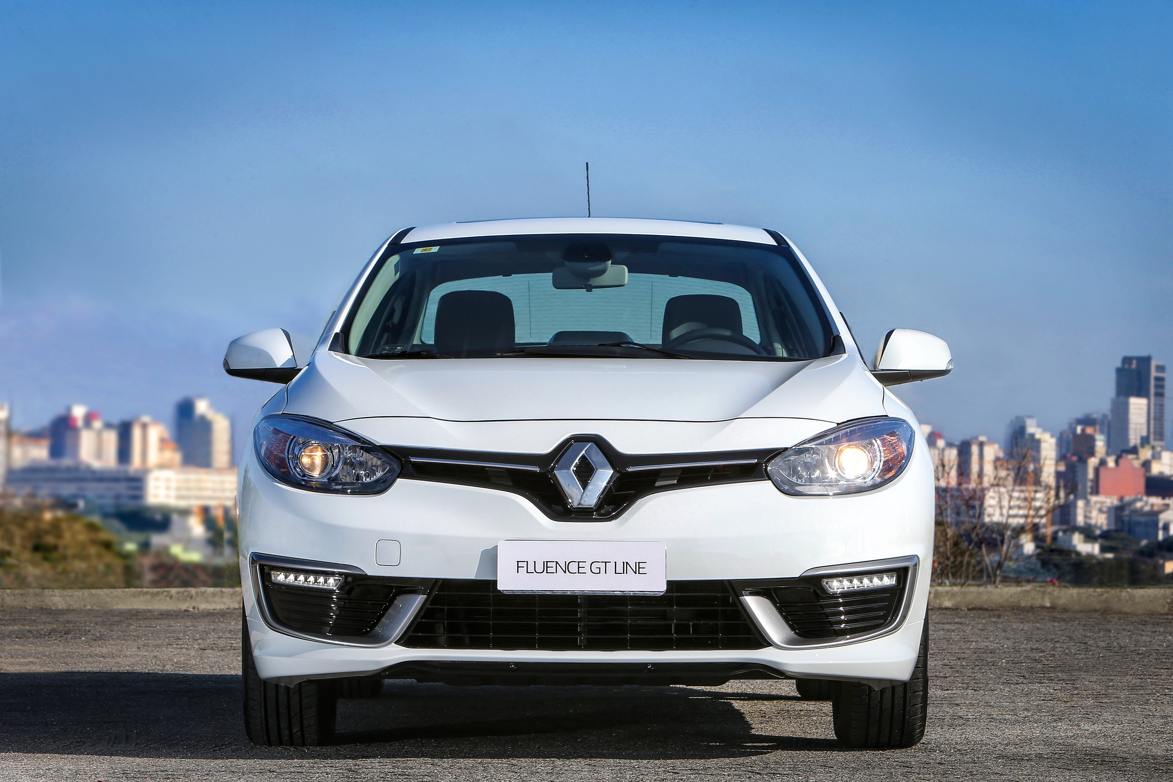 2016 Renault Fluence GT Line Launched in Brazil with 2 ...