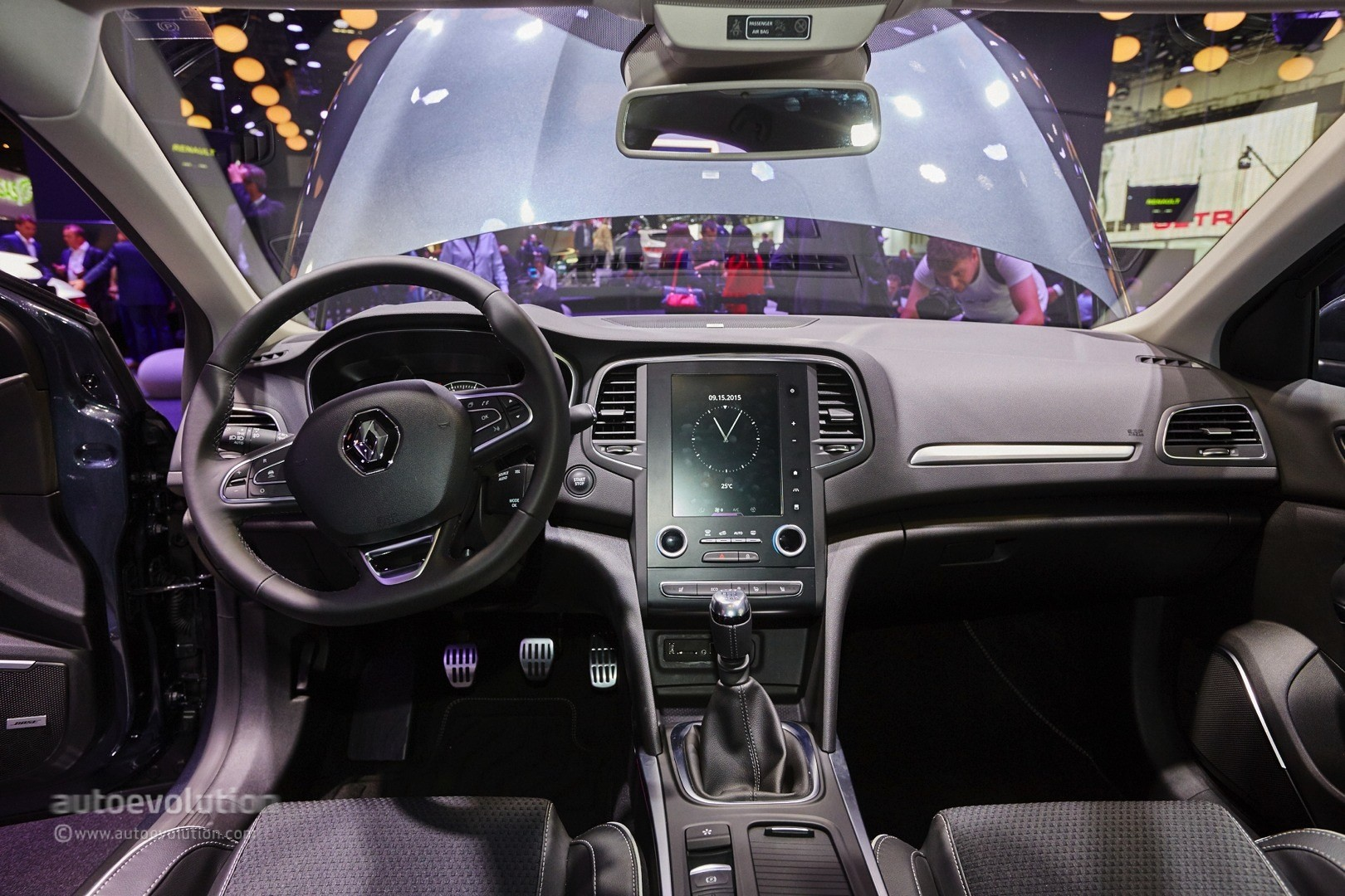 four wheel steering Station wagons have been around a long time, but the renault talisman grandtour's all-wheel steering offers new and surprising maneuverability.