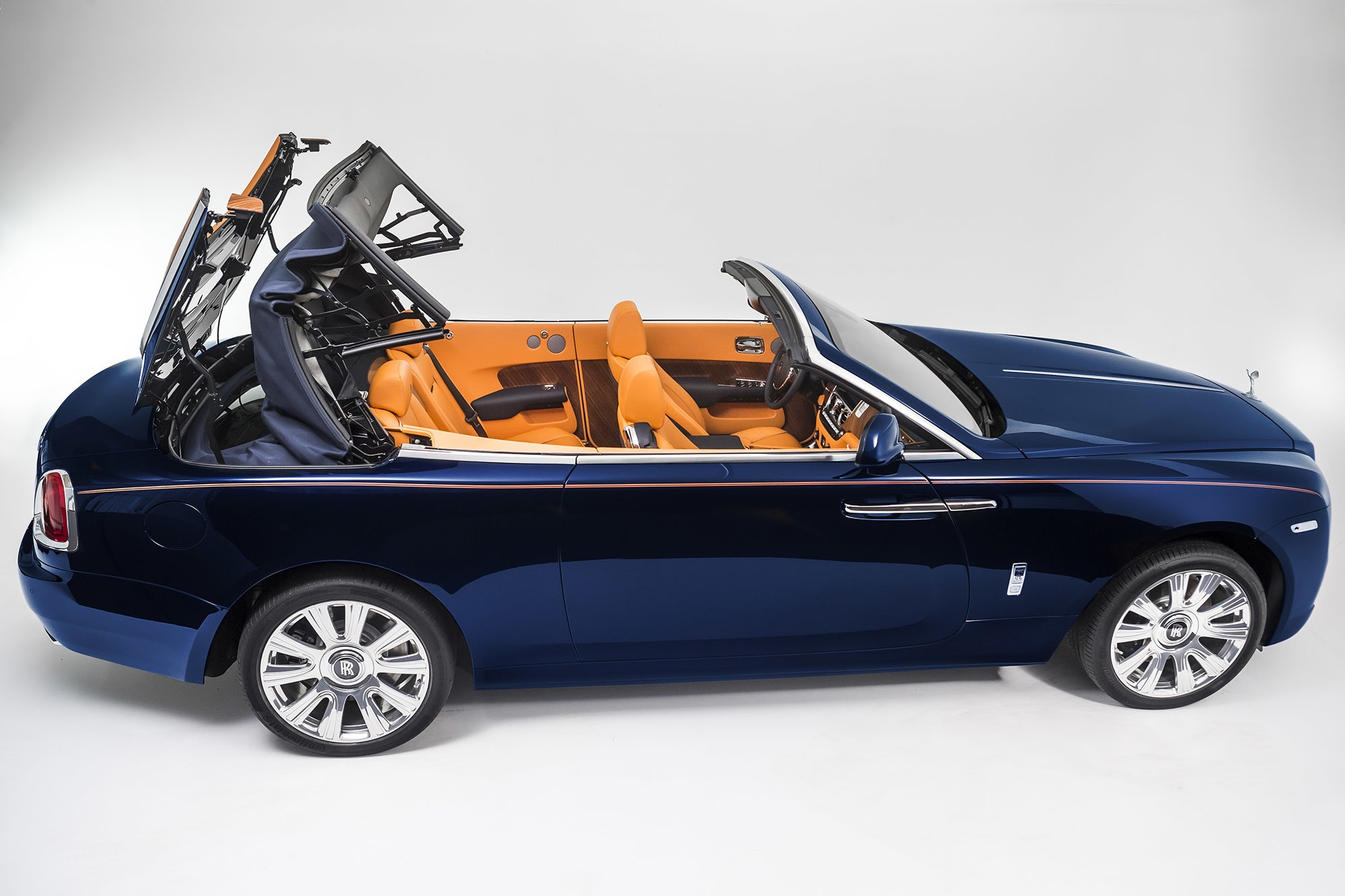 2016 Rolls-Royce Dawn Makes Full Debut, Steals S-Class ...