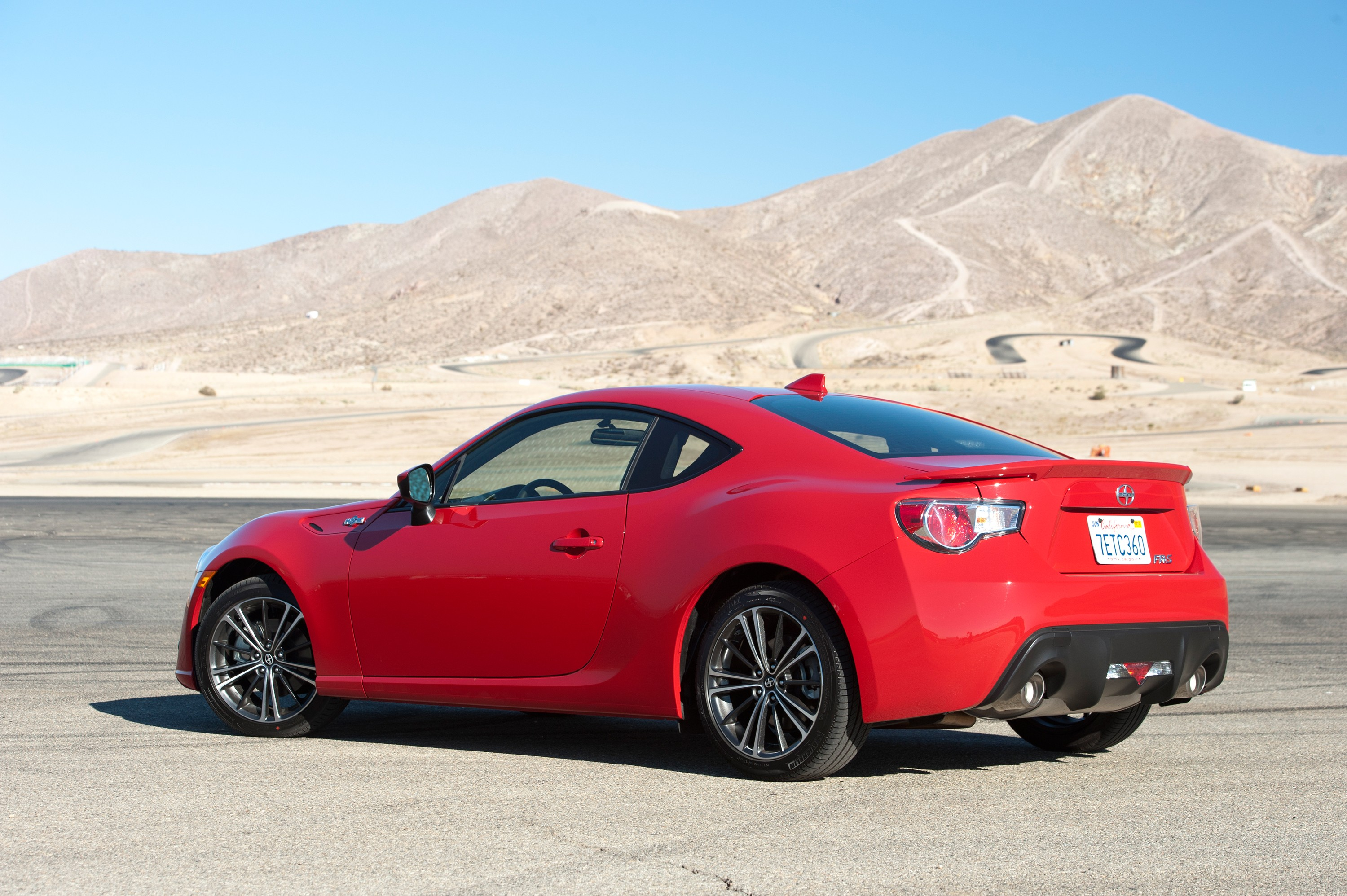 2016 Scion FR-S Launched With Minor Upgrades - autoevolution