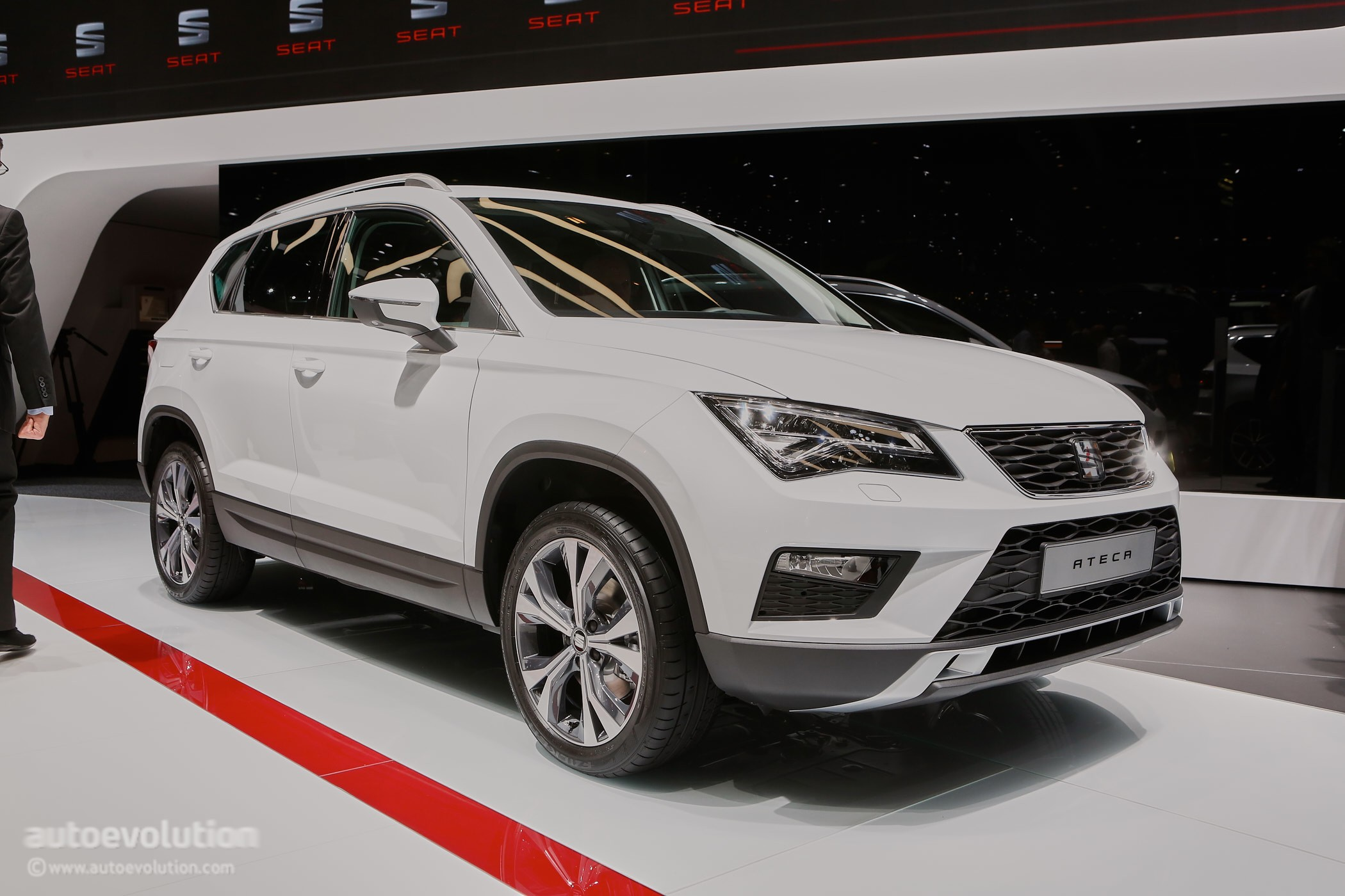 2016 seat ateca suv makes official debut at geneva autoevolution. Black Bedroom Furniture Sets. Home Design Ideas