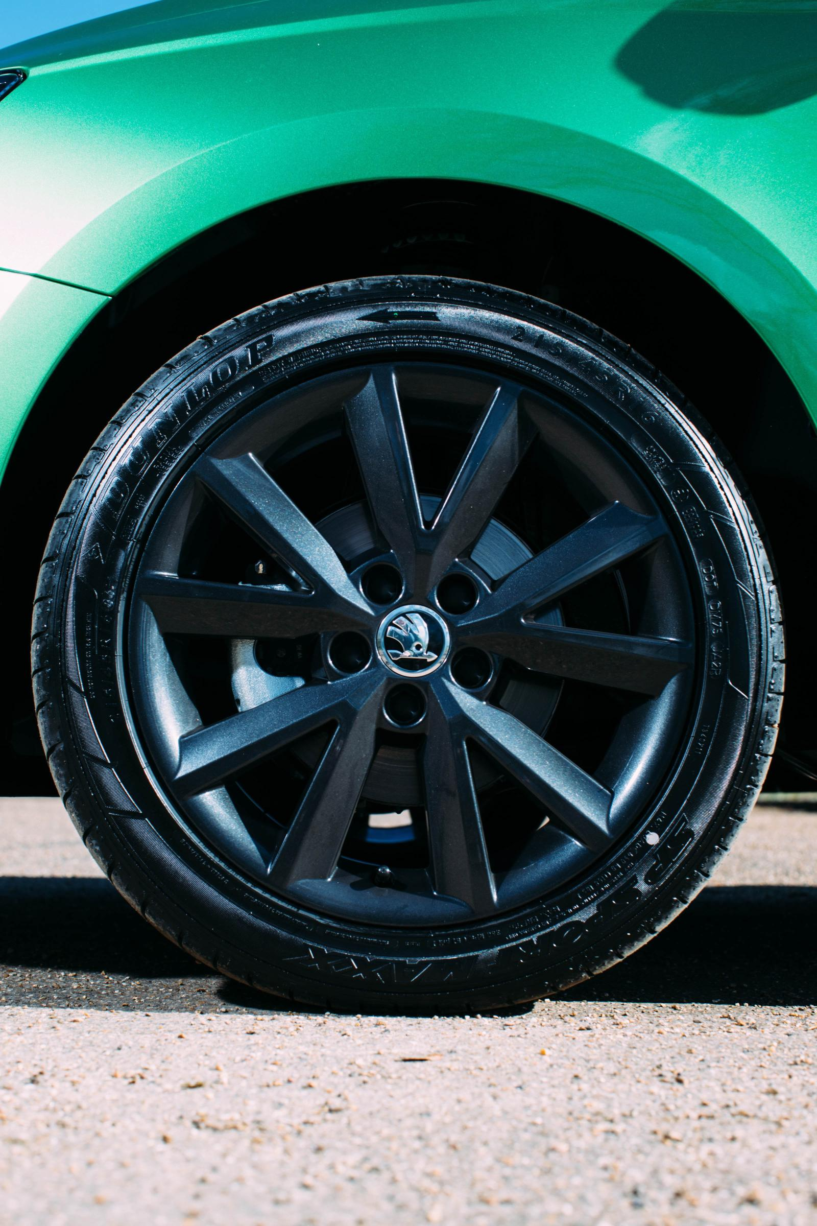 2016 Skoda Fabia Color Editions Arrive With Black Wheels