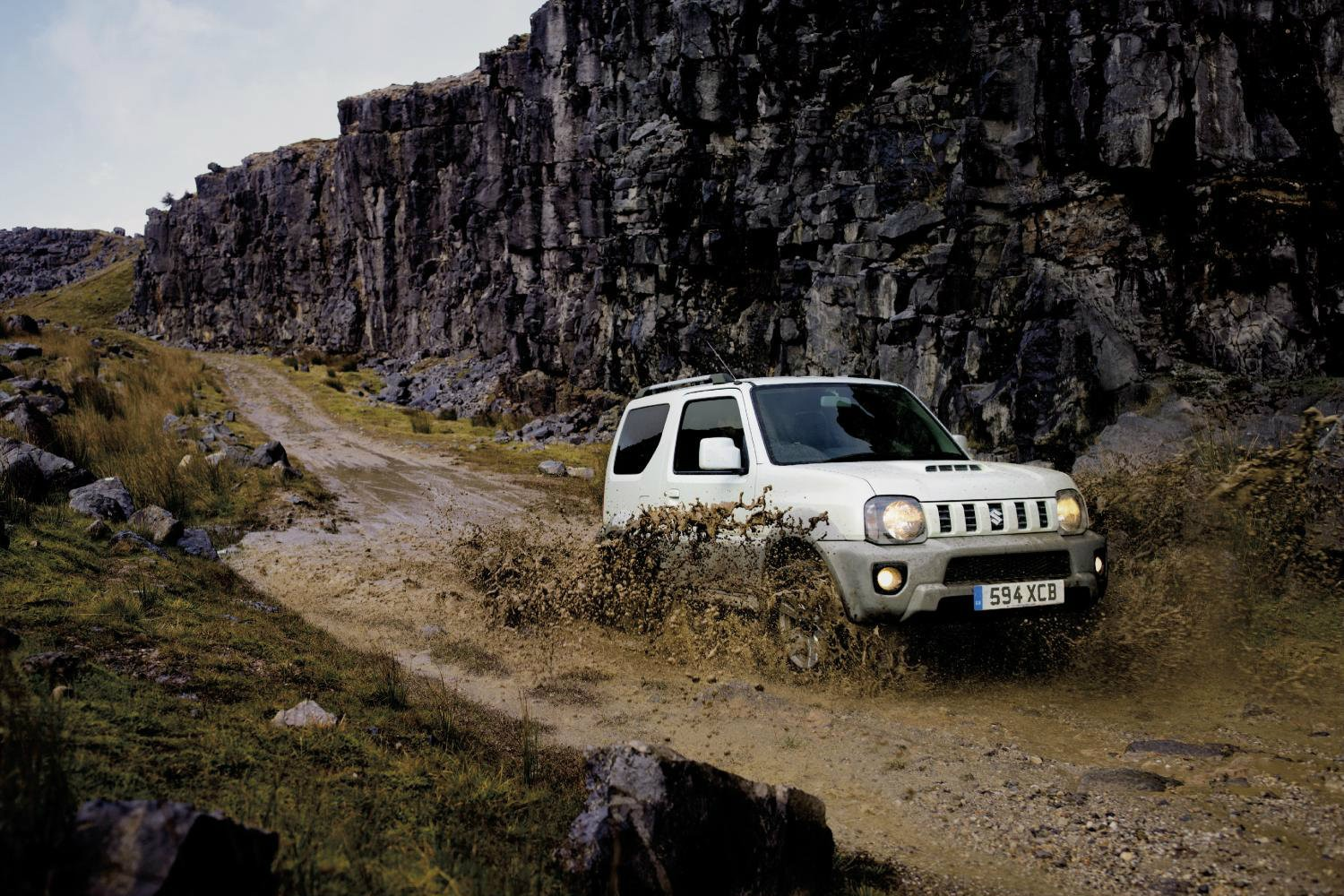 2016 suzuki jimny adventure special edition goes on sale for Newspaper wallpaper for sale