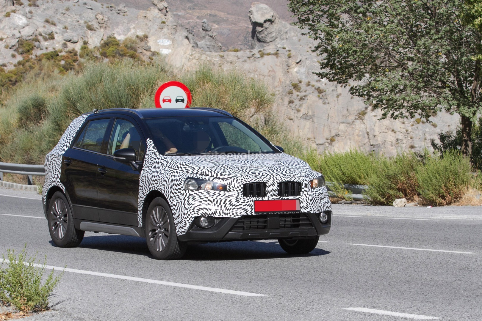 2016 suzuki sx4 s cross facelift spied testing for the. Black Bedroom Furniture Sets. Home Design Ideas