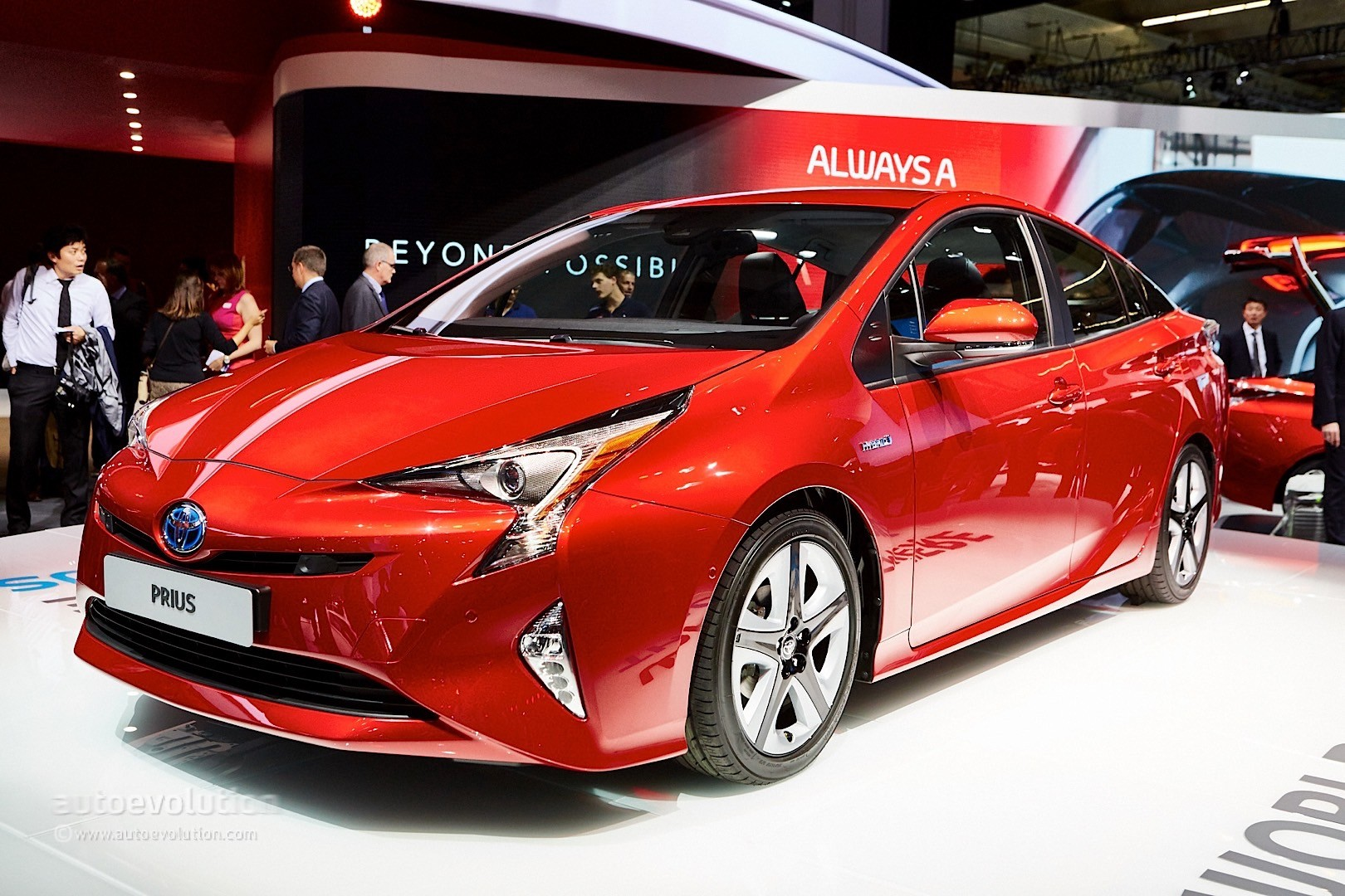 2016 Toyota Prius Pricing in the UK Starts at £23,295 - autoevolution