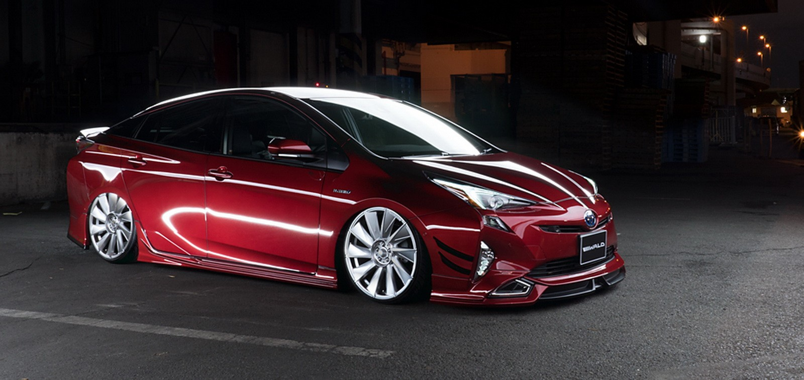 Wald Toyota Prius Sport Line