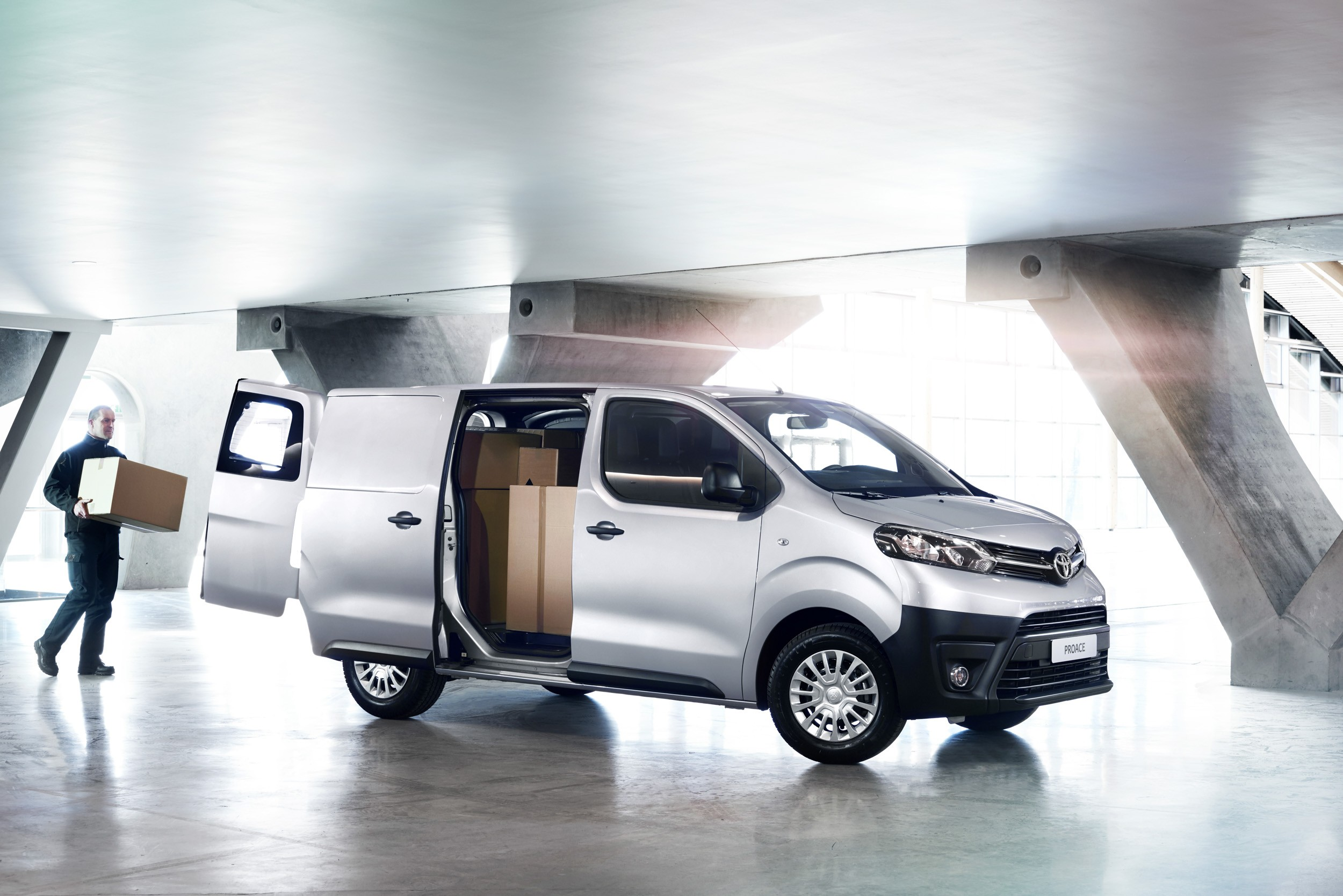 2016 toyota proace van is ready to get the job done autoevolution. Black Bedroom Furniture Sets. Home Design Ideas