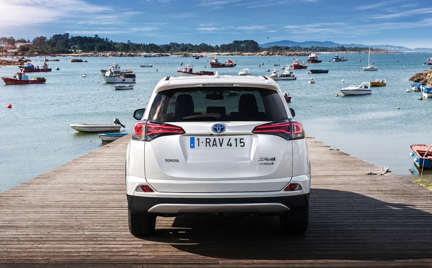 2016 Toyota Rav4 Hybrid One